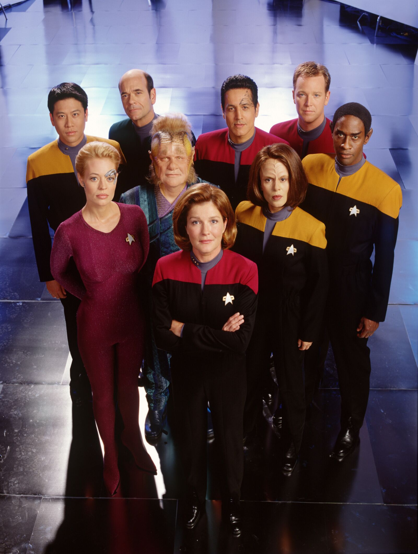 25 Essential episodes to celebrate the 25th anniversary of Star Trek: Voyager