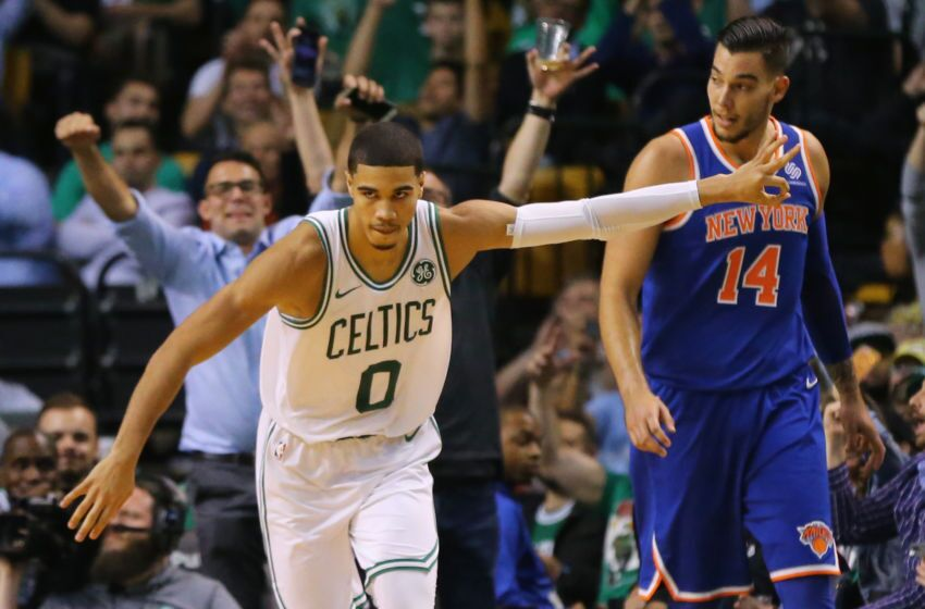 866030098-new-york-knicks-v-boston-celtics.jpg-850x560