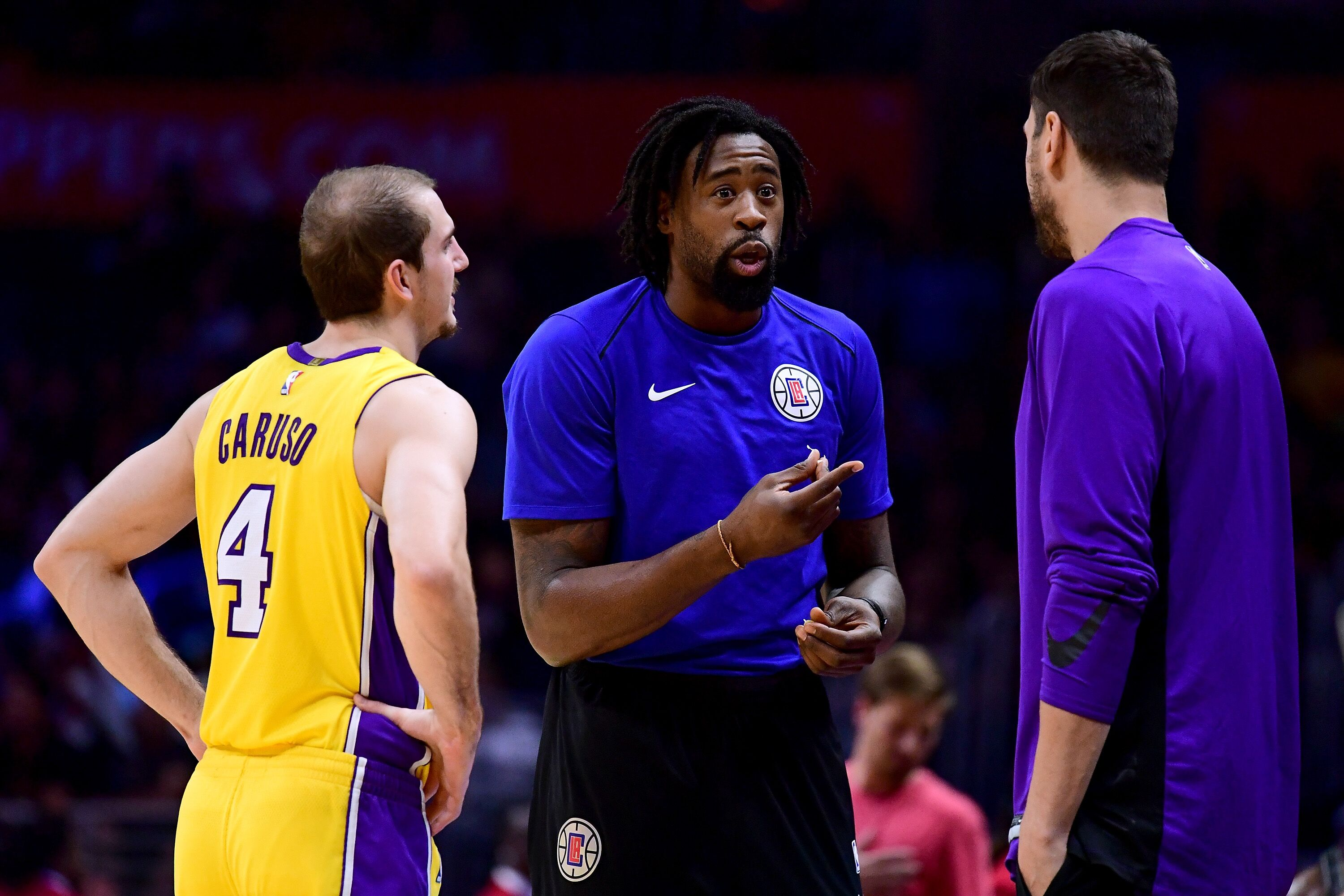 863135104-los-angeles-lakers-v-los-angeles-clippers.jpg