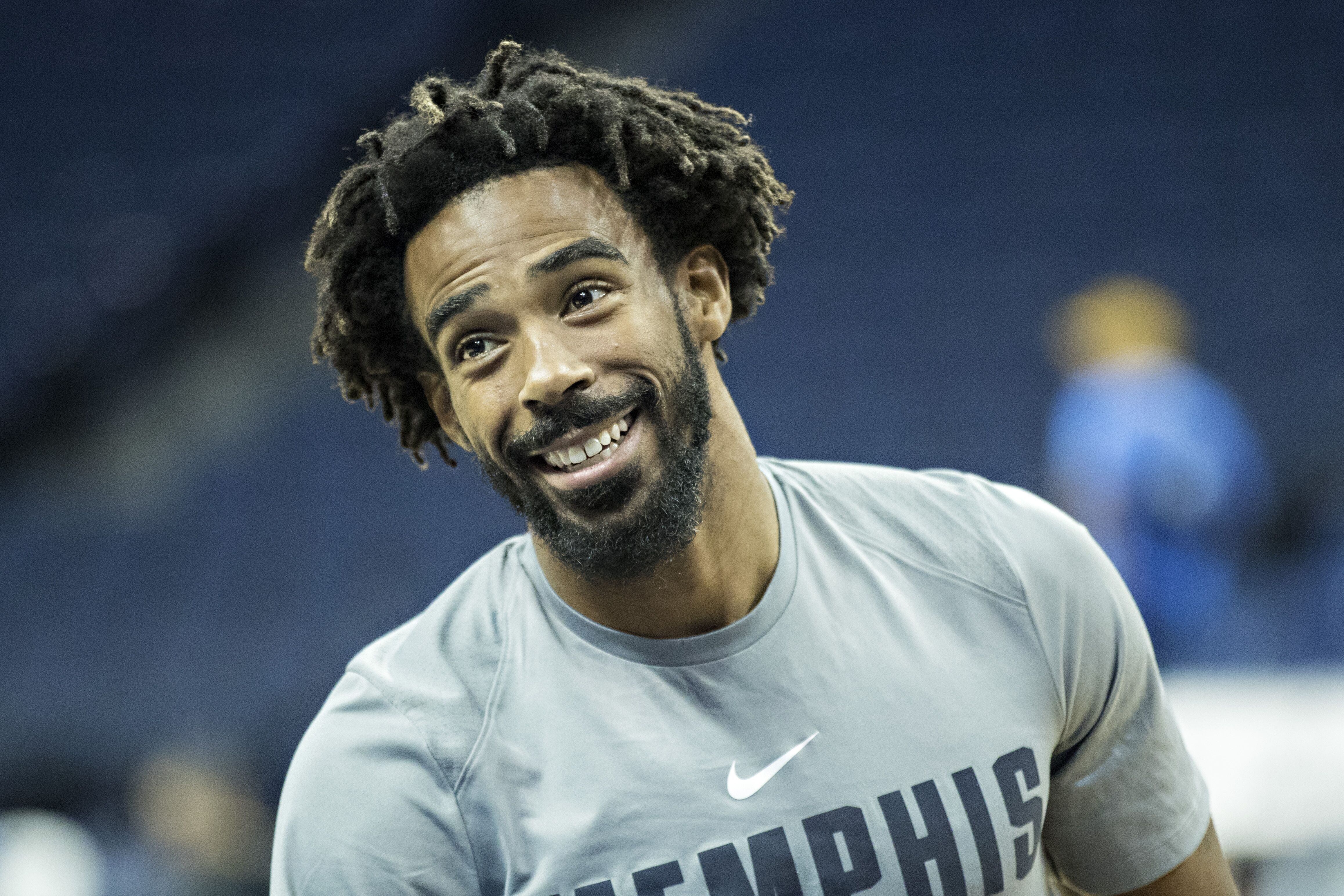 Memphis Grizzlies: The team should hold on to Mike Conley Jr., for now4632 x 3089