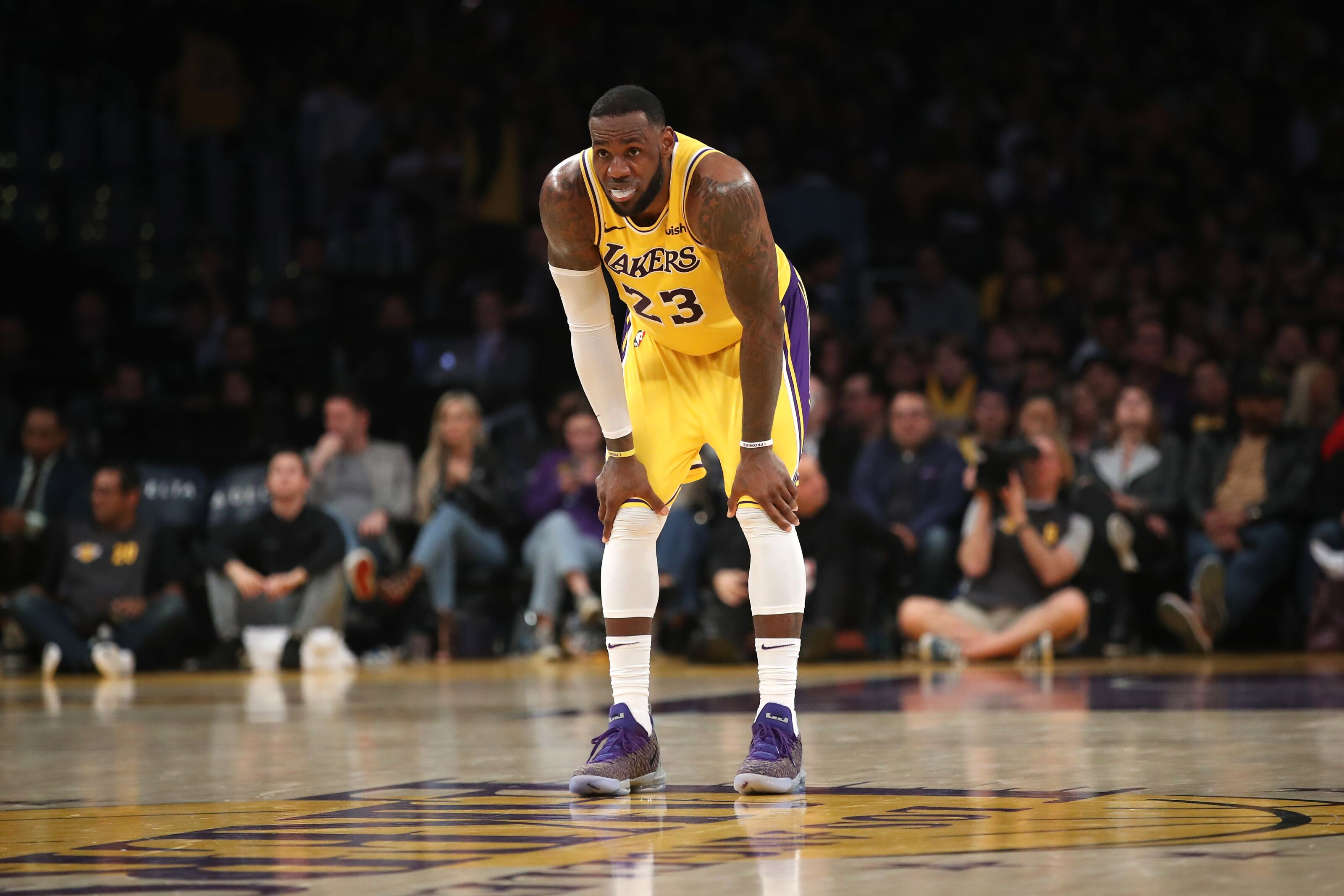 Los Angeles Lakers: Could LA miss the playoffs, or am I just a hater?