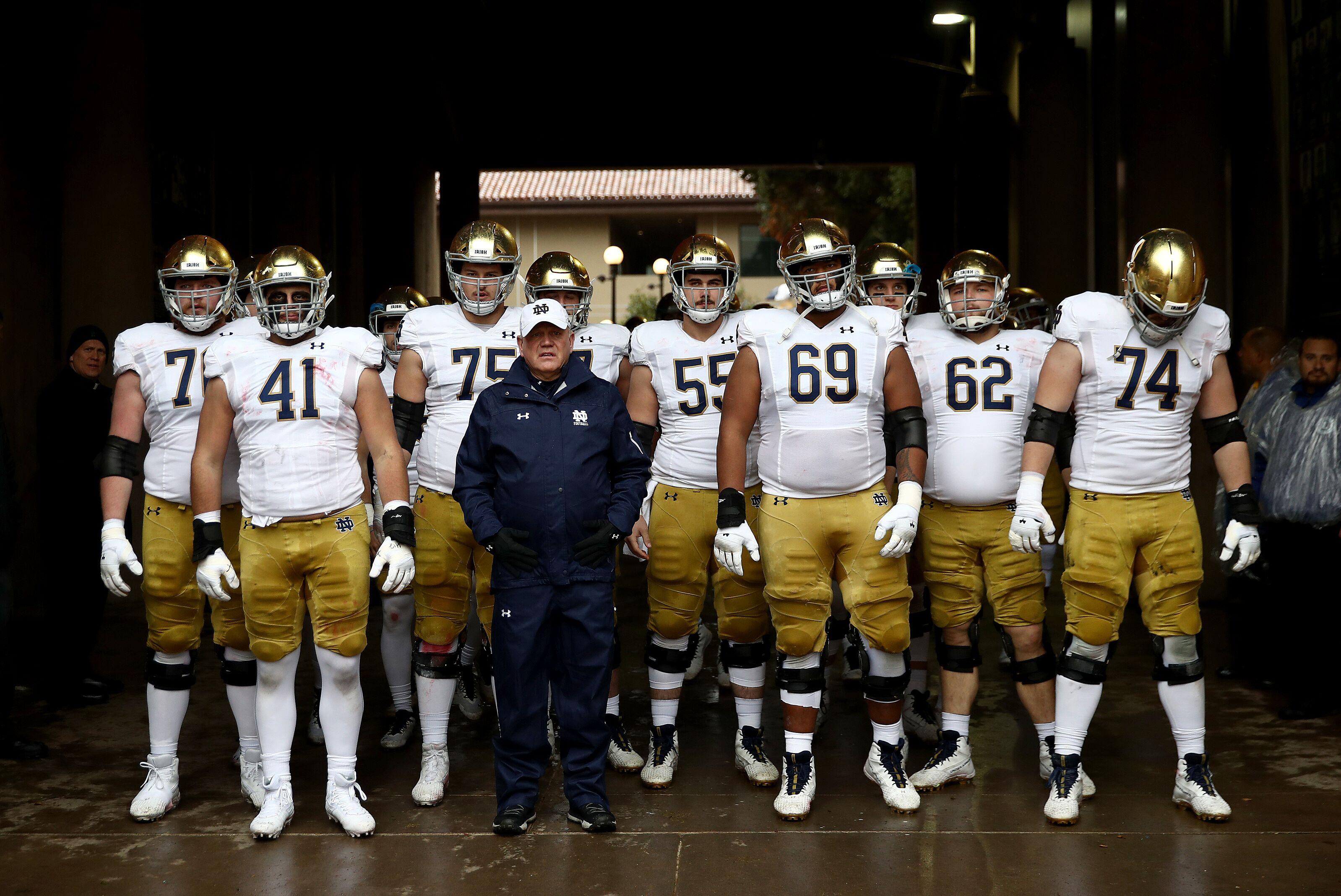 Notre Dame Football: Was bias a factor in final Irish ranking?