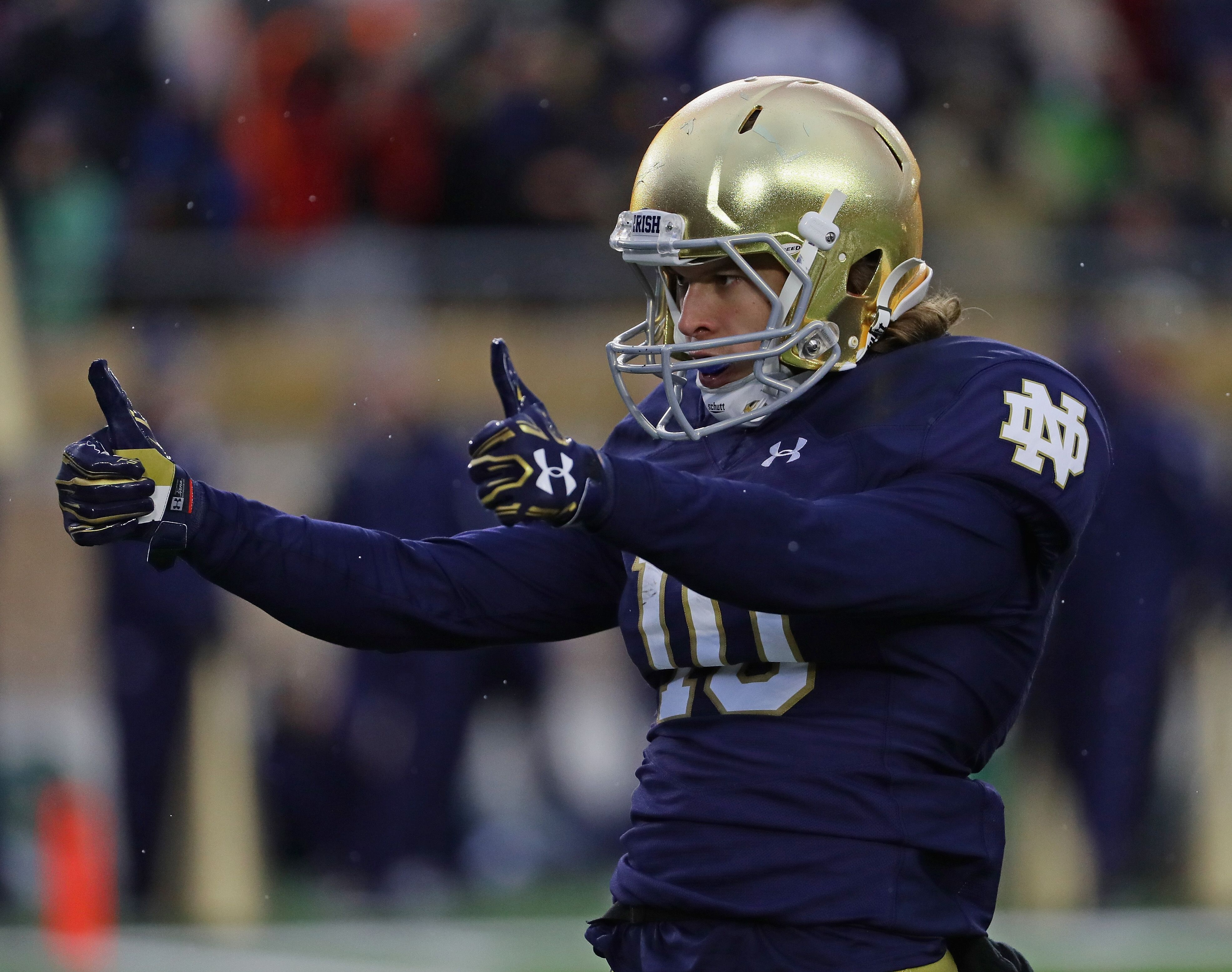 premium selection a7cf9 a2deb Notre Dame Football  3 Players Flying Under the Radar Heading into 2018