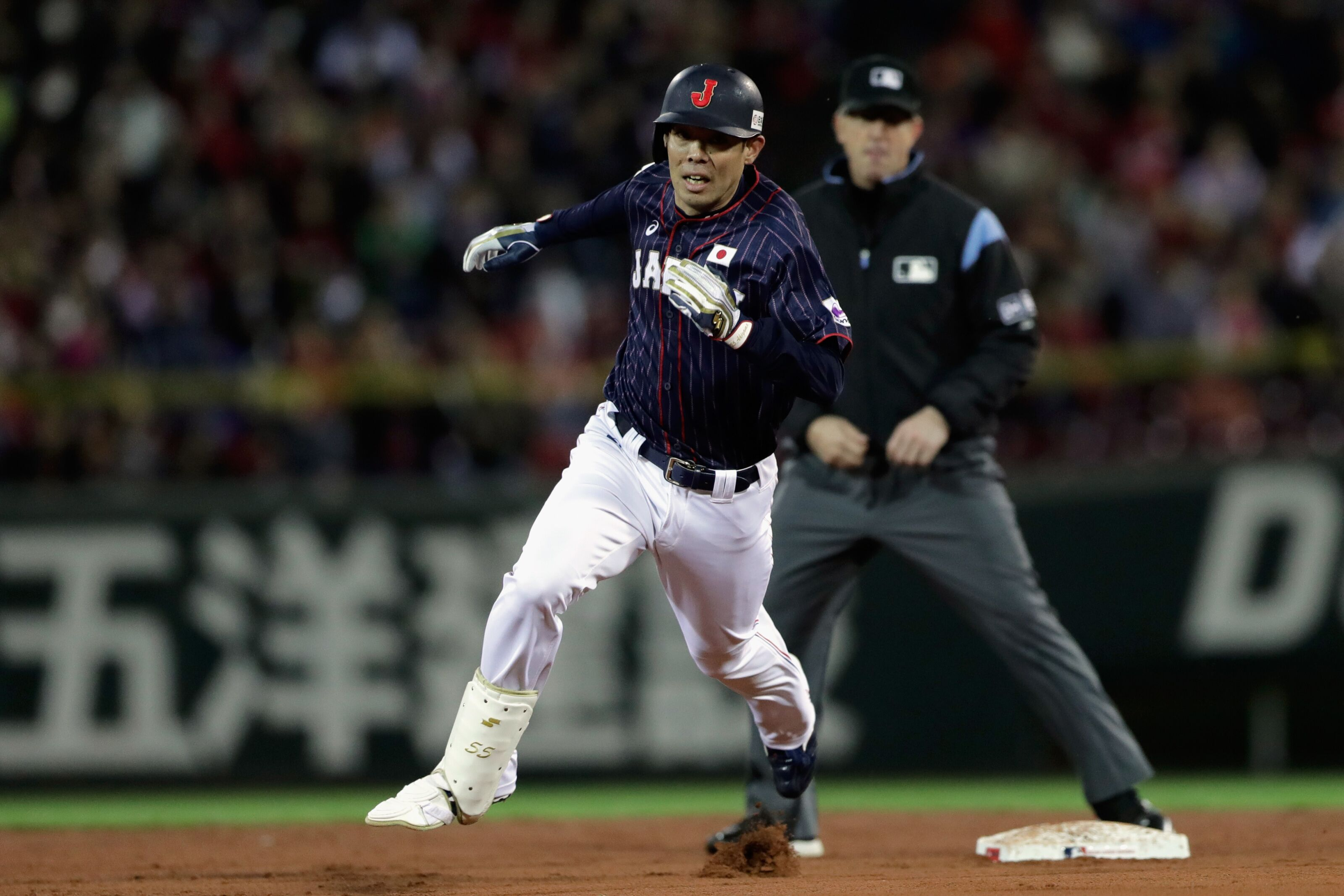Rumors: Mariners linked to Japanese hitting star to be posted this winter