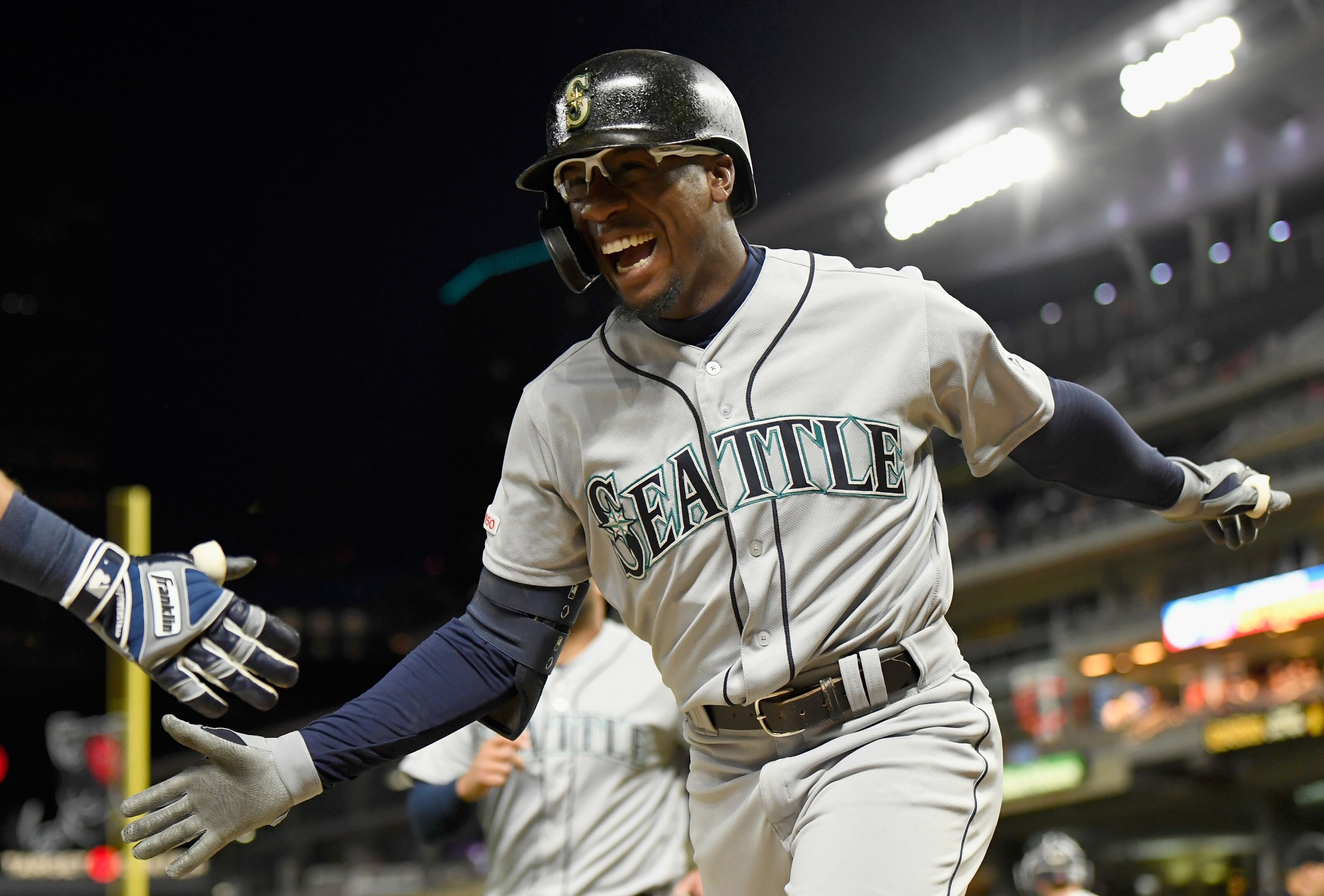 Mariners second baseman going forward in 2020