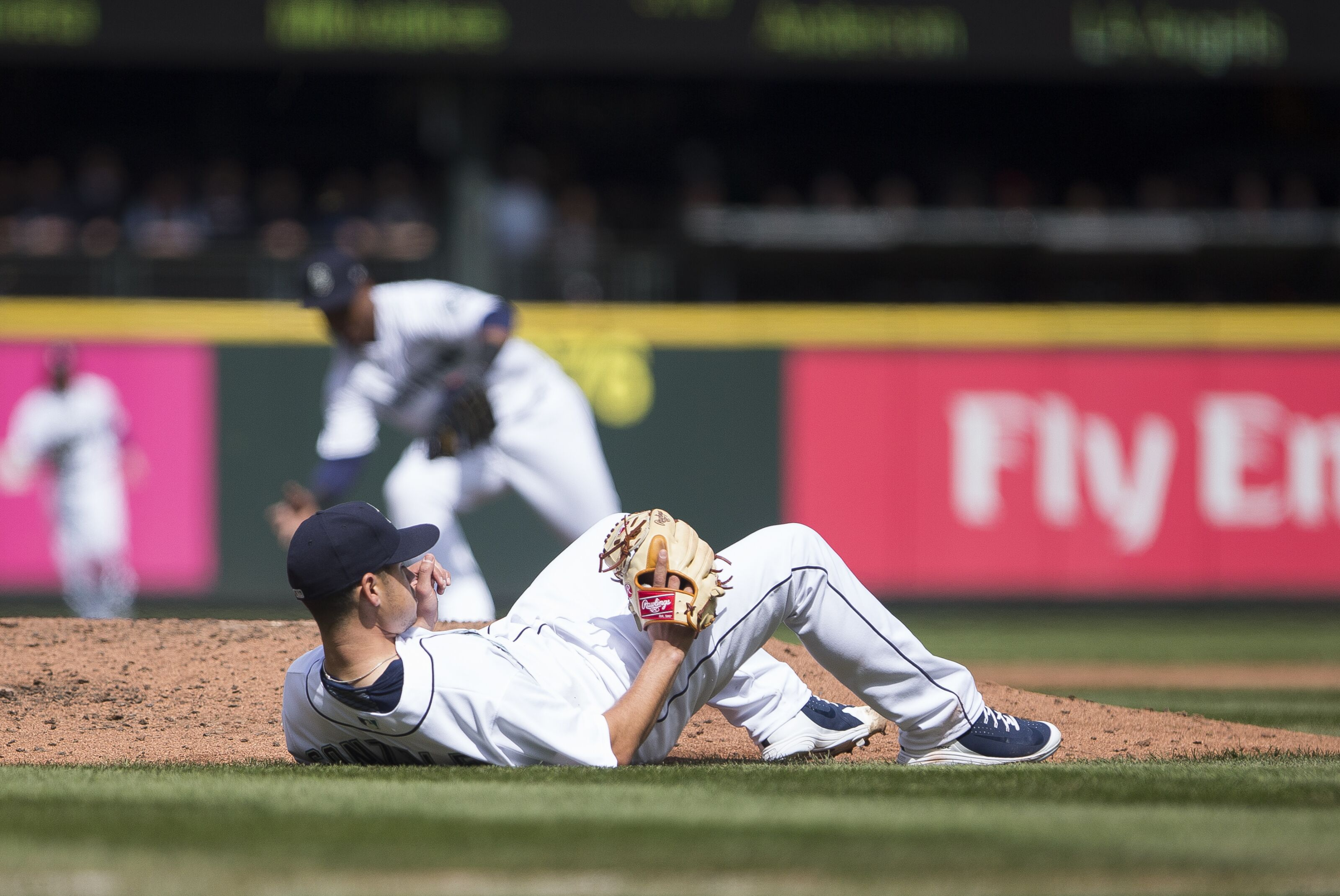 948828550-houston-astros-v-seattle-mariners.jpg
