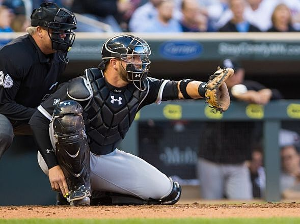Chicago white sox the tyler flowers experiment needs to end apr 30 2015 minneapolis mn usa chicago white sox catcher tyler mightylinksfo