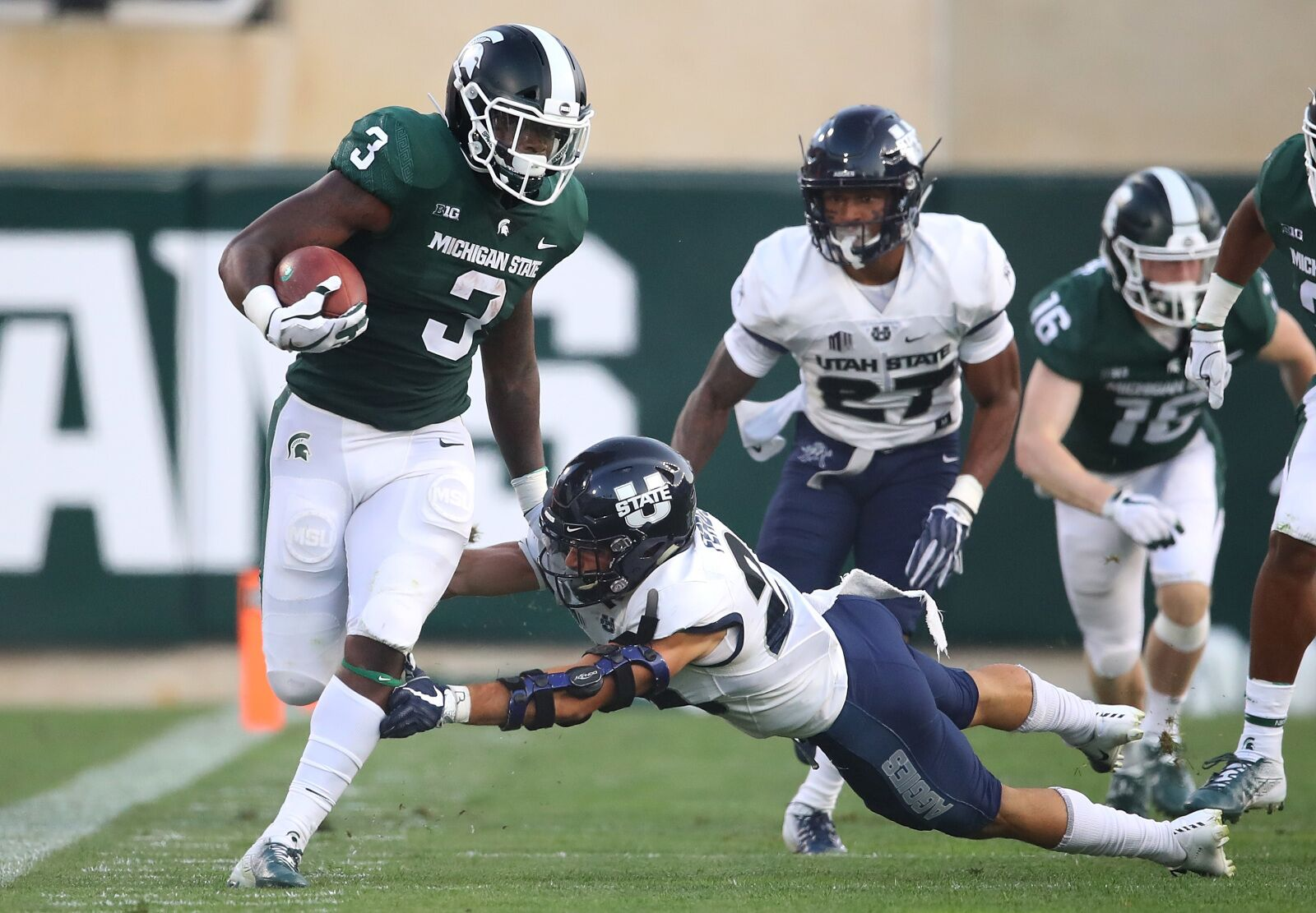 Michigan State Football: What's going on with LJ Scott?