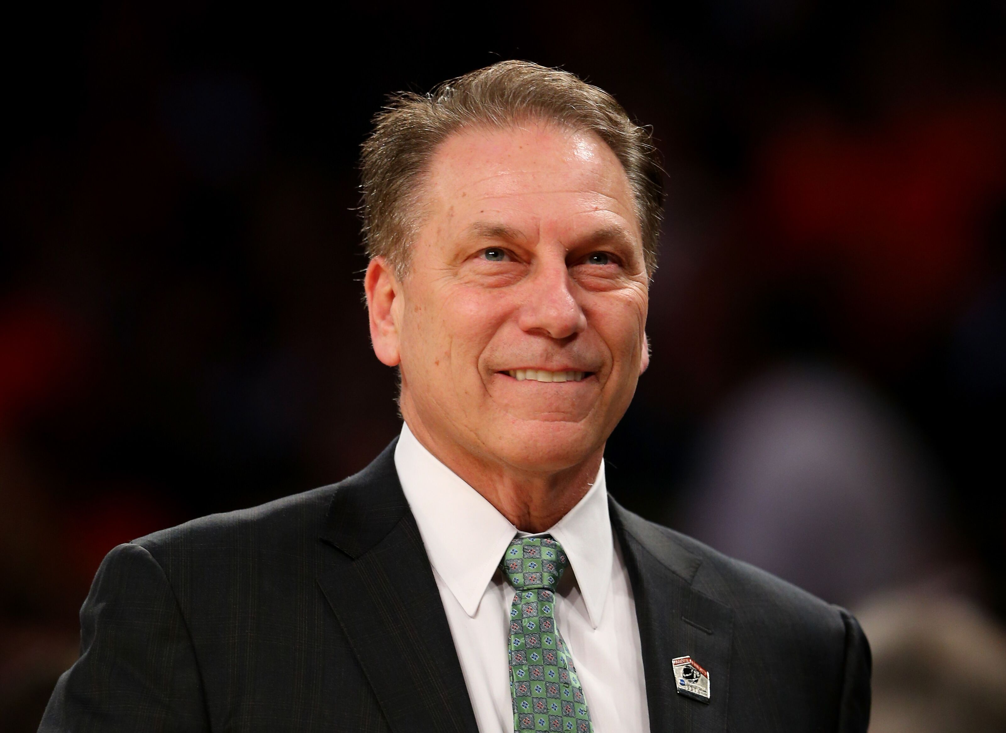 Tom Izzo ˈ ɪ z oʊ Italian pronunciation born January 30 1955 is an American college basketball coach Since 1995 Izzo has been the head coach for the