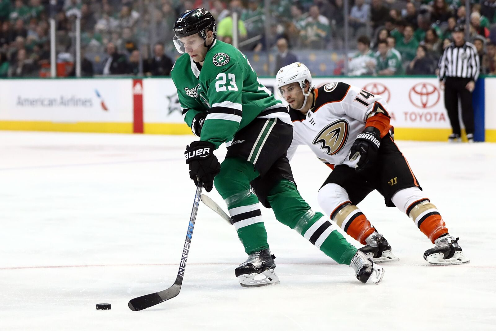 What Esa Lindell's New Extension Means for Dallas Stars
