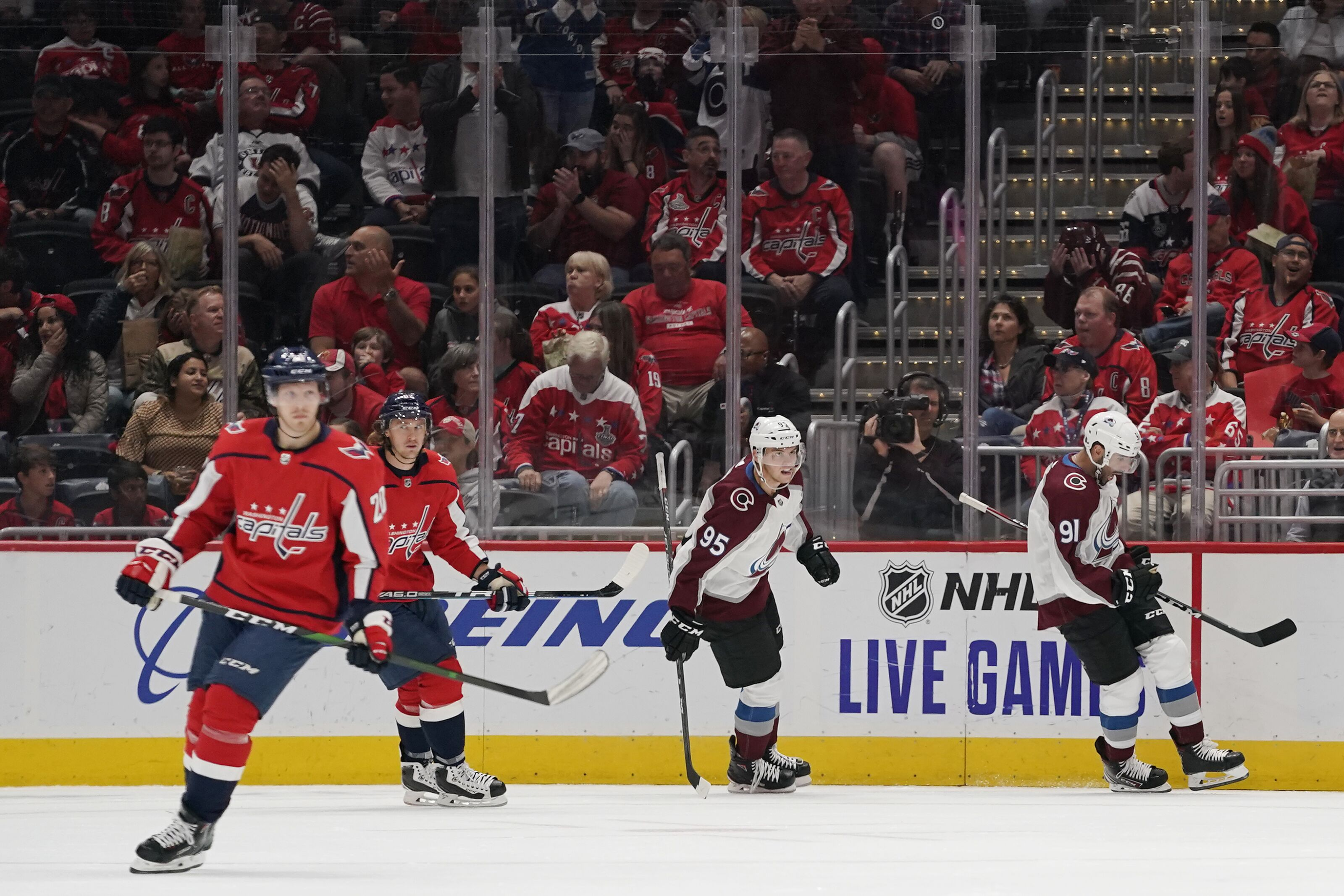 Washington Capitals can't keep up with red hot Avalanche
