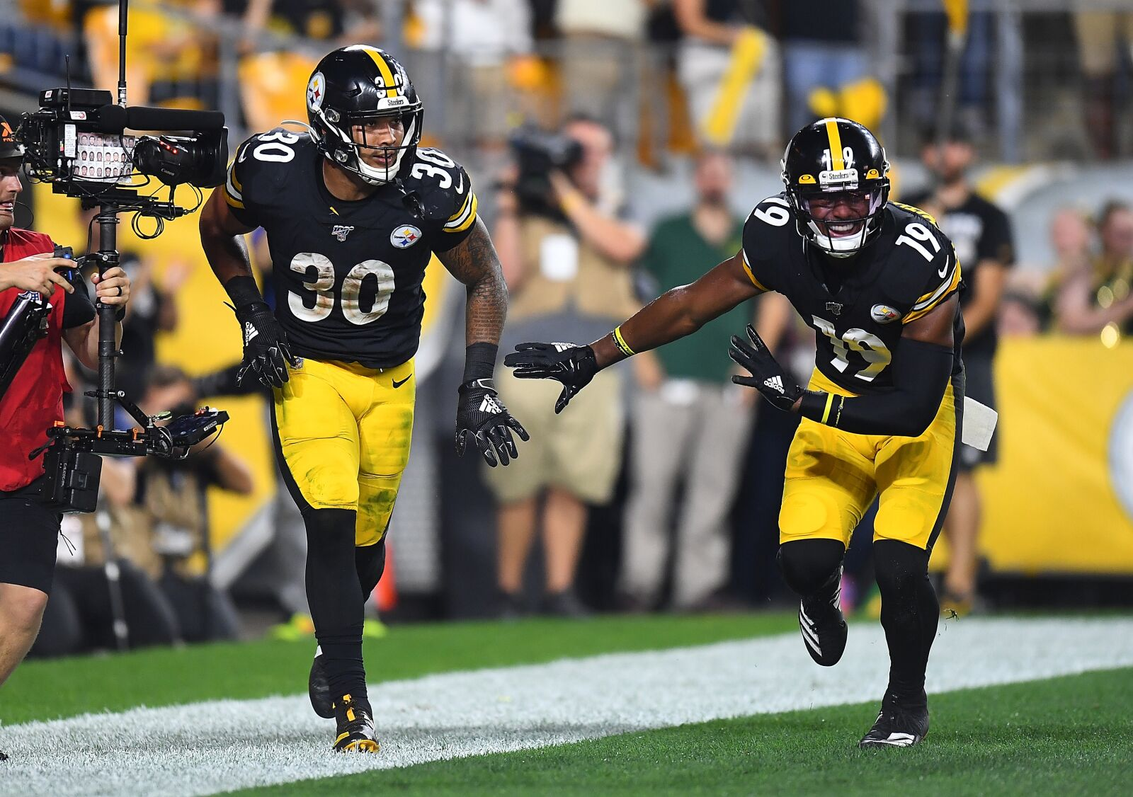 Is it fair to call Steelers JuJu Smith-Schuster and James Conner 'failures'