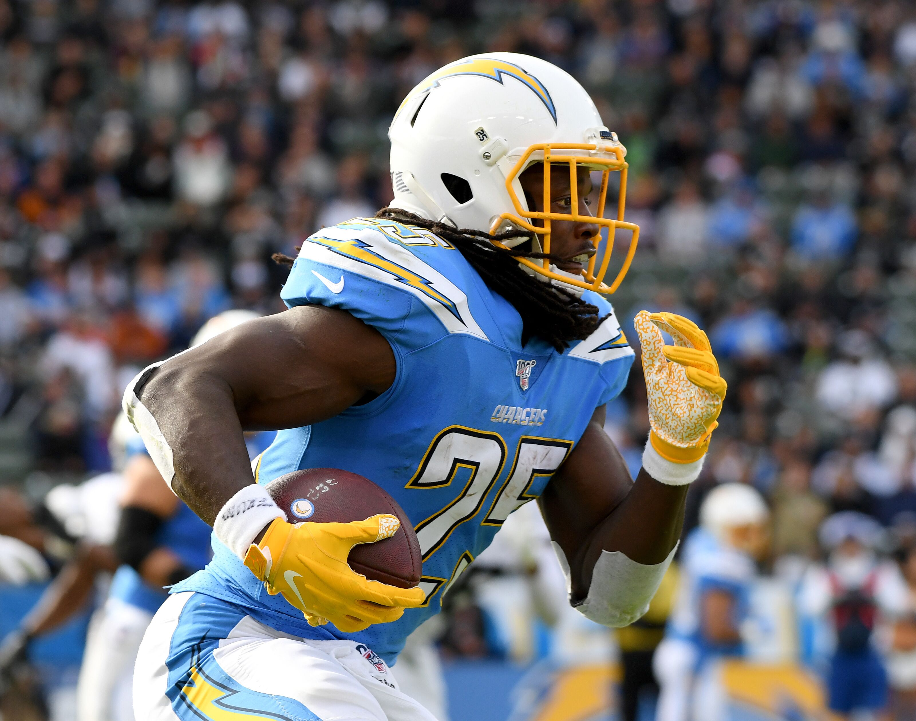 NFL analyst thinks Melvin Gordon and the Steelers are a good fit
