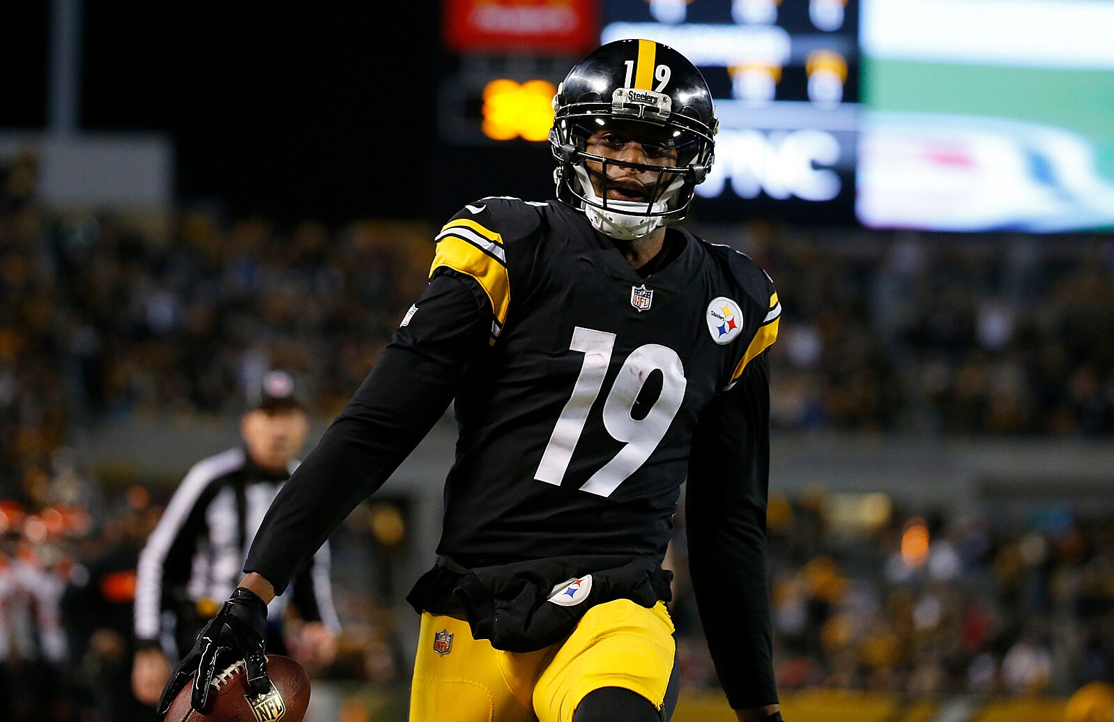 free shipping 108c7 0e9c7 Buy or Sell: Which Steelers jerseys are safe investments in ...