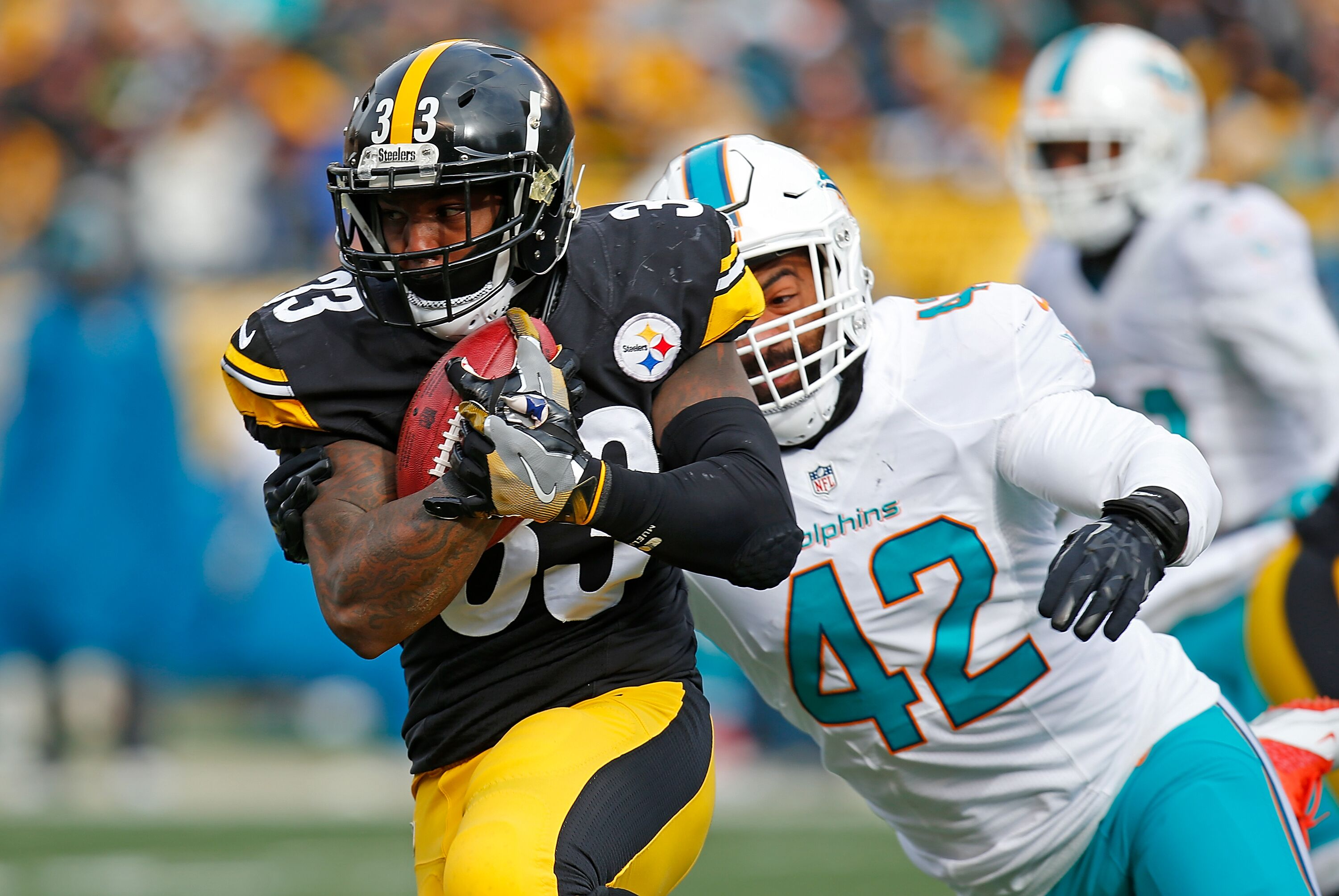 631227812-wild-card-round-miami-dolphins-v-pittsburgh-steelers.jpg