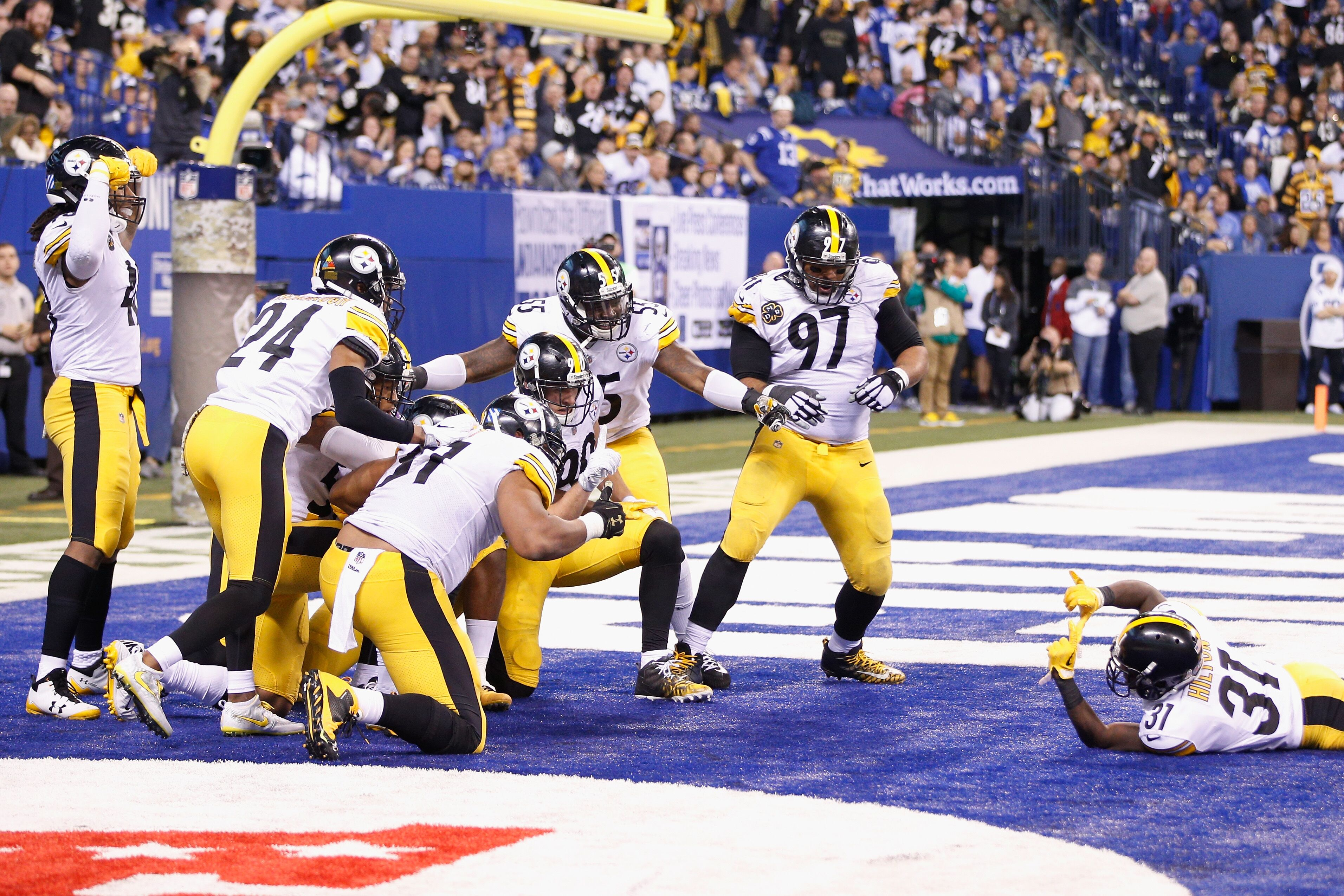 873352000-pittsburgh-steelers-v-indianapolis-colts.jpg