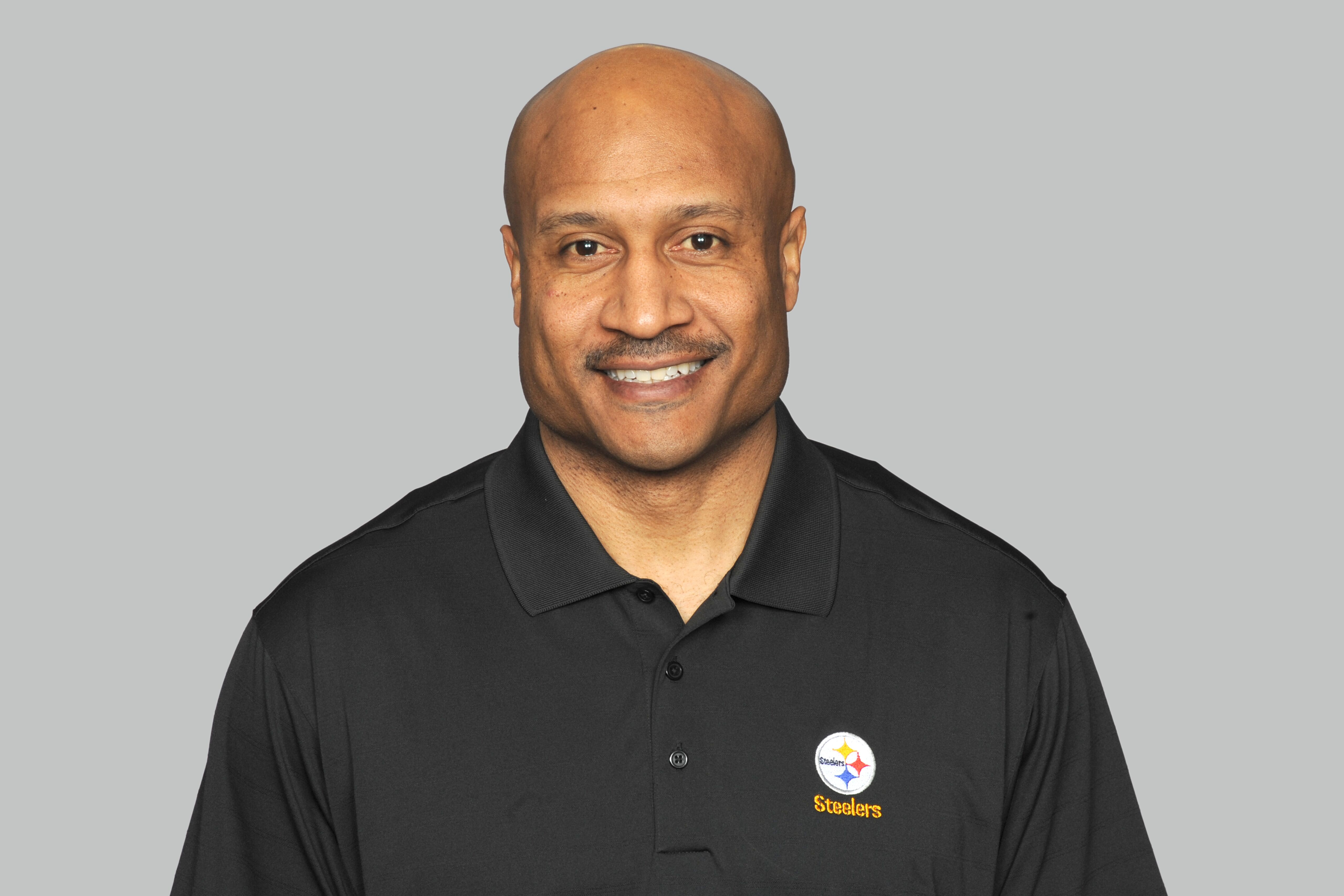 2629d0c0e73 Carnell Lake resigns from Pittsburgh Steelers to focus on youngest son