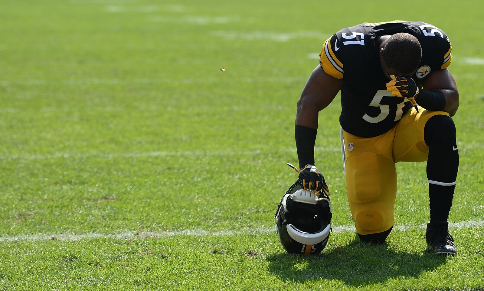 best service 494d7 c55db Jon Bostic proving his worth for Pittsburgh Steelers