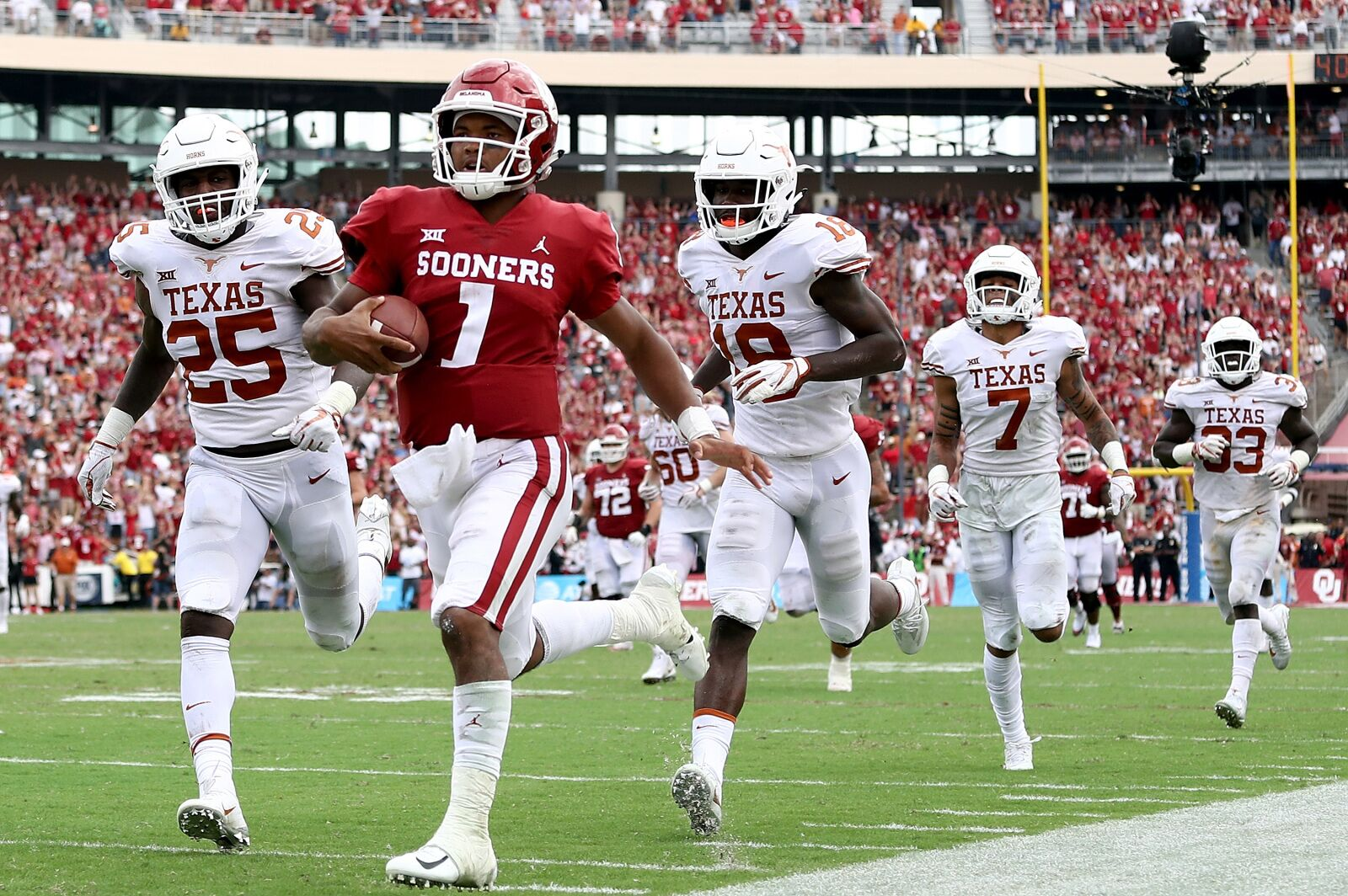 Kyler Murray makes his Sports Illustrated cover debut