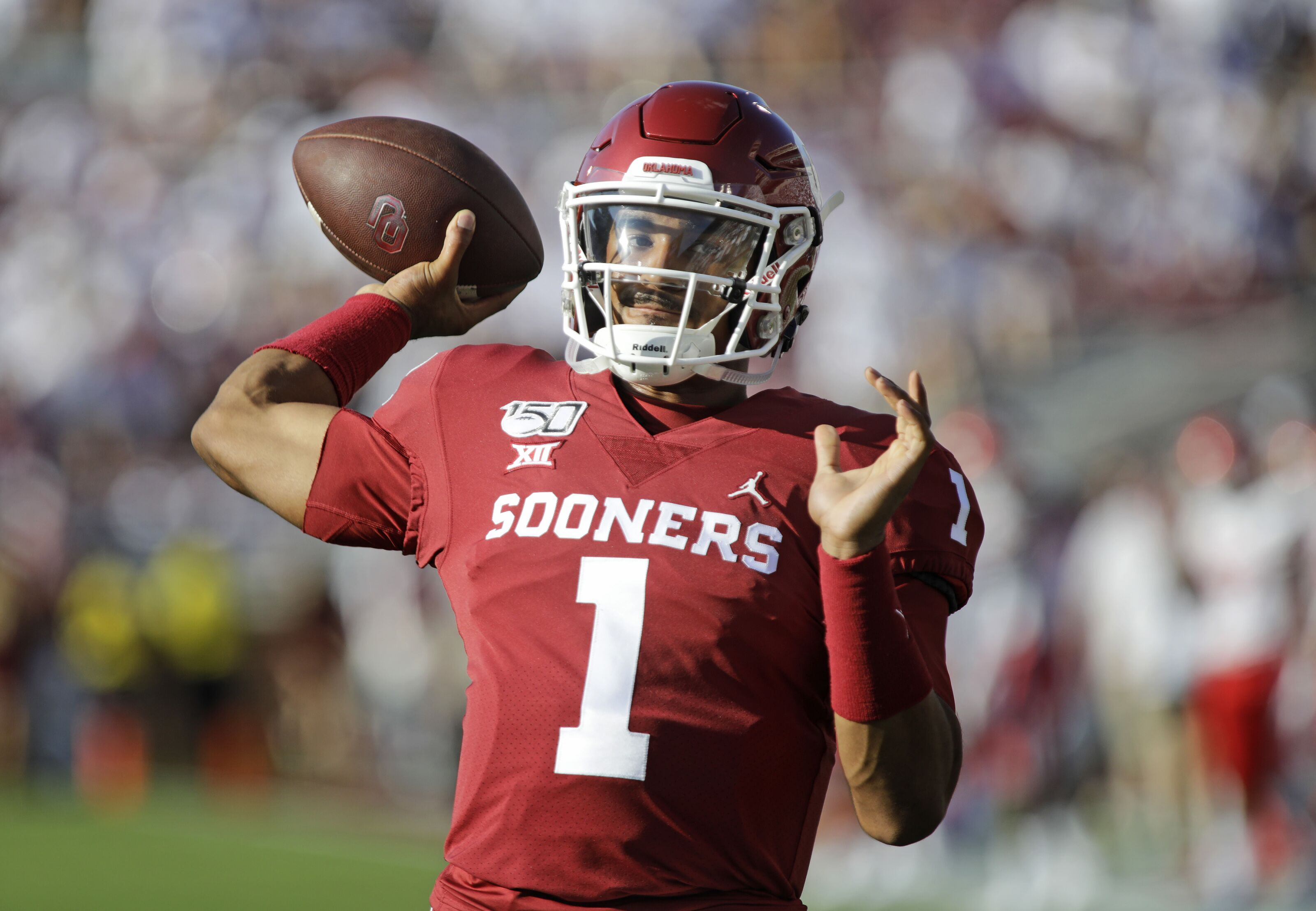 Jalen Hurts named Big 12 Offensive Player of the Week