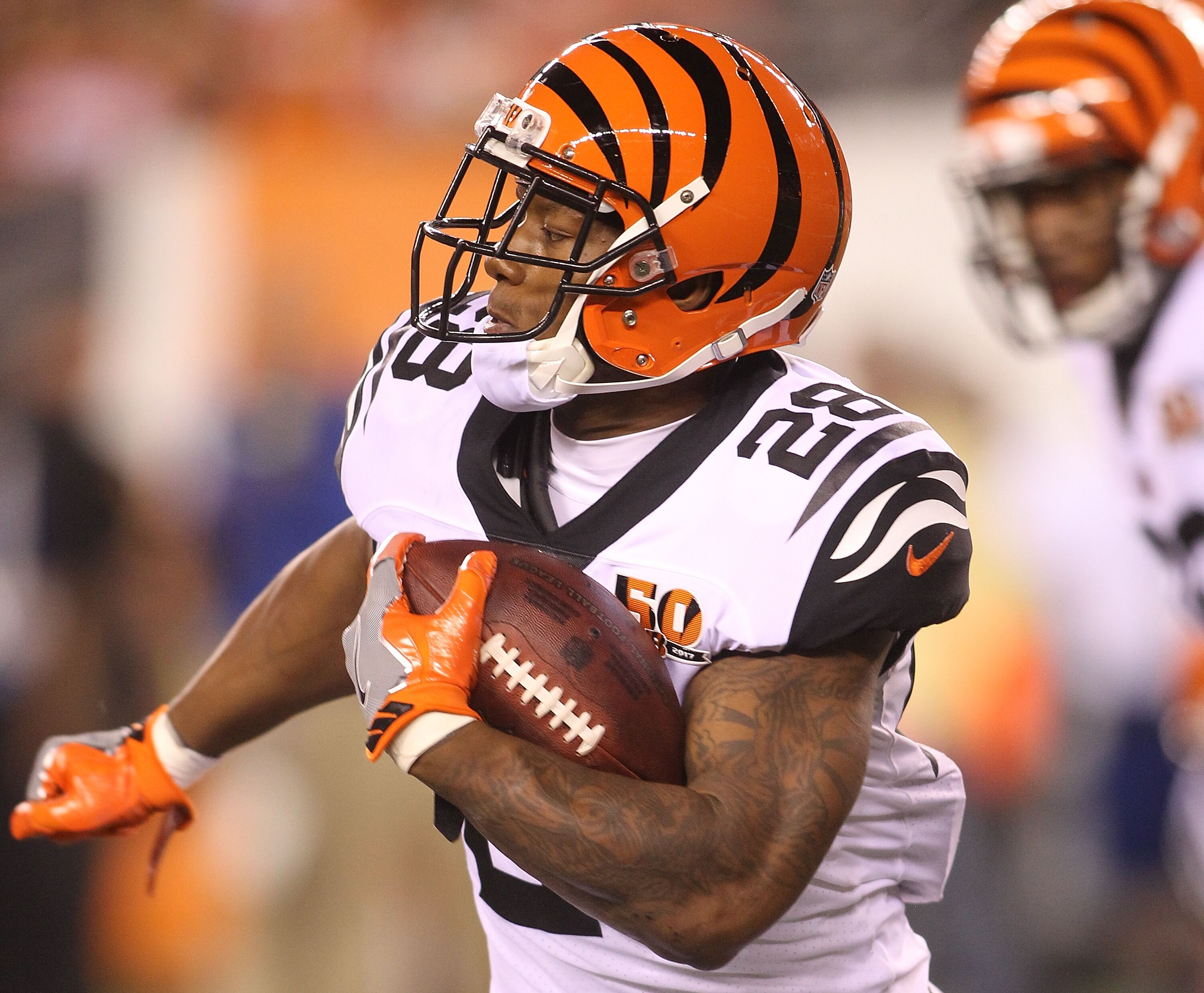 Bengals' anemic running attack needs to perk up fast