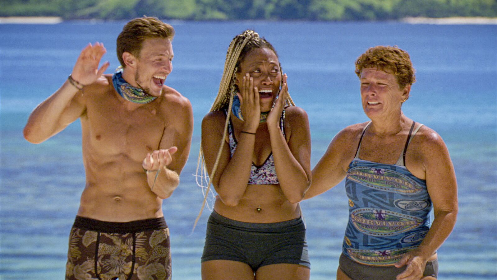 Dean, Lauren and Janet reacting to the news of the Loved One's Visit. who got voted off survivor tonight?