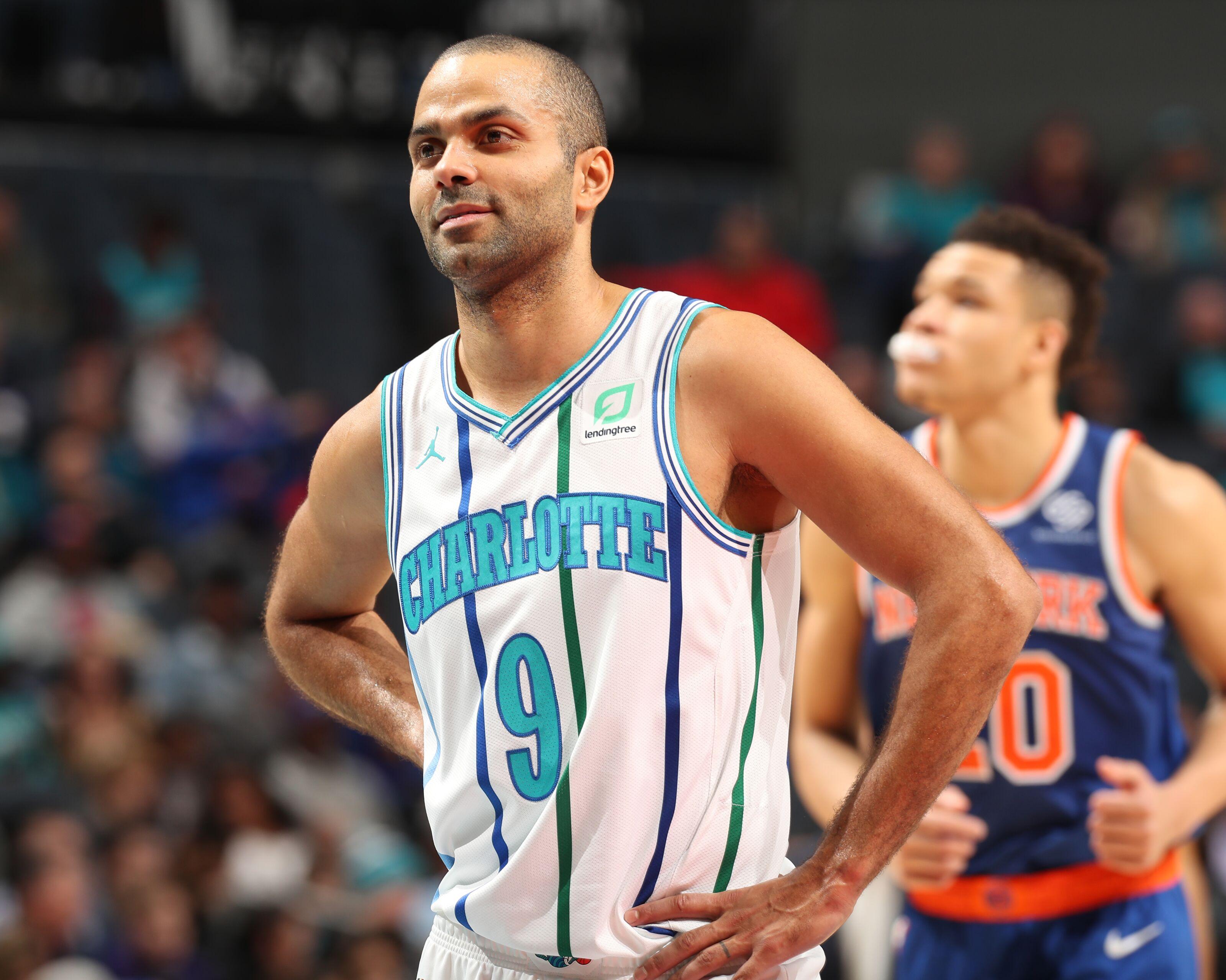 size 40 86cc4 2be44 Charlotte Hornets Rumors: Tony Parker leaning towards ...