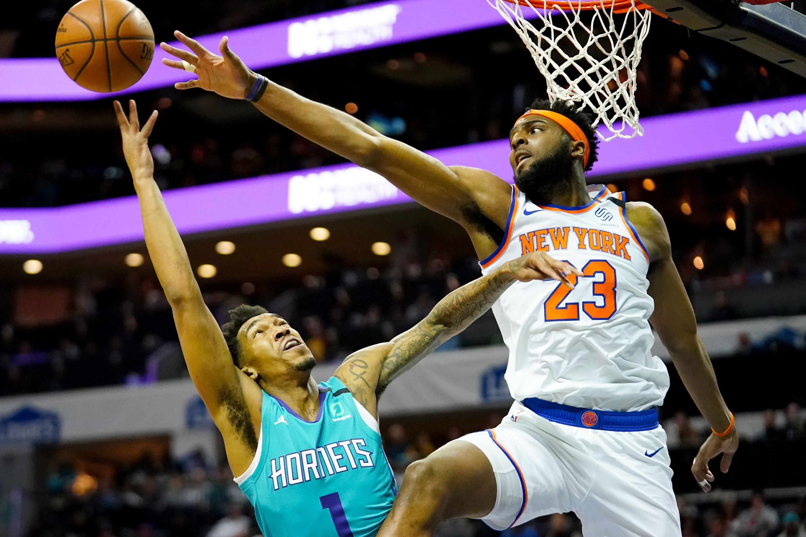 Charlotte Hornets should take a look at Mitchell Robinson after recent win