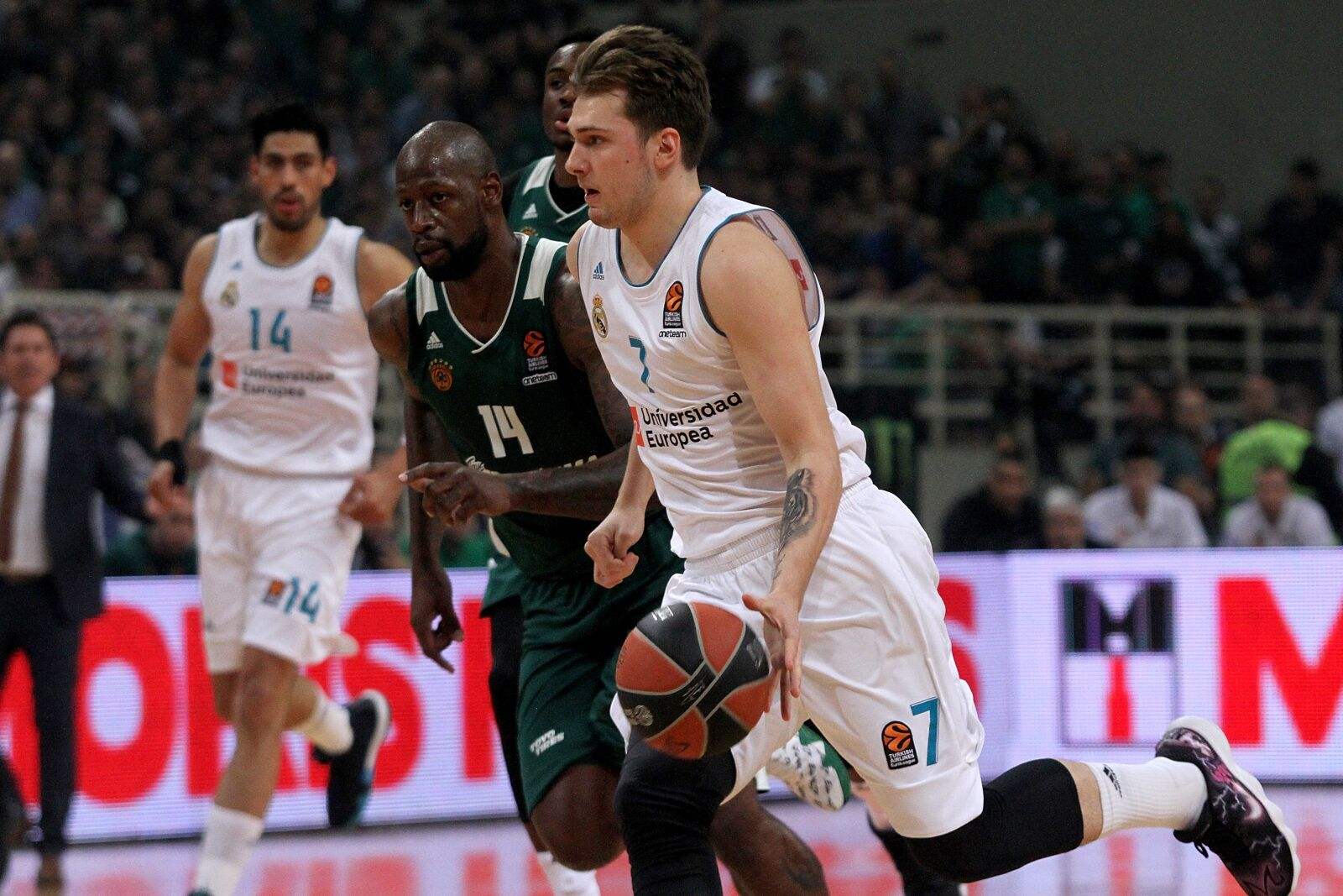 948777950-panathinaikos-superfoods-athens-v-real-madrid-turkish-airlines-euroleague-play-off-game-two.jpg