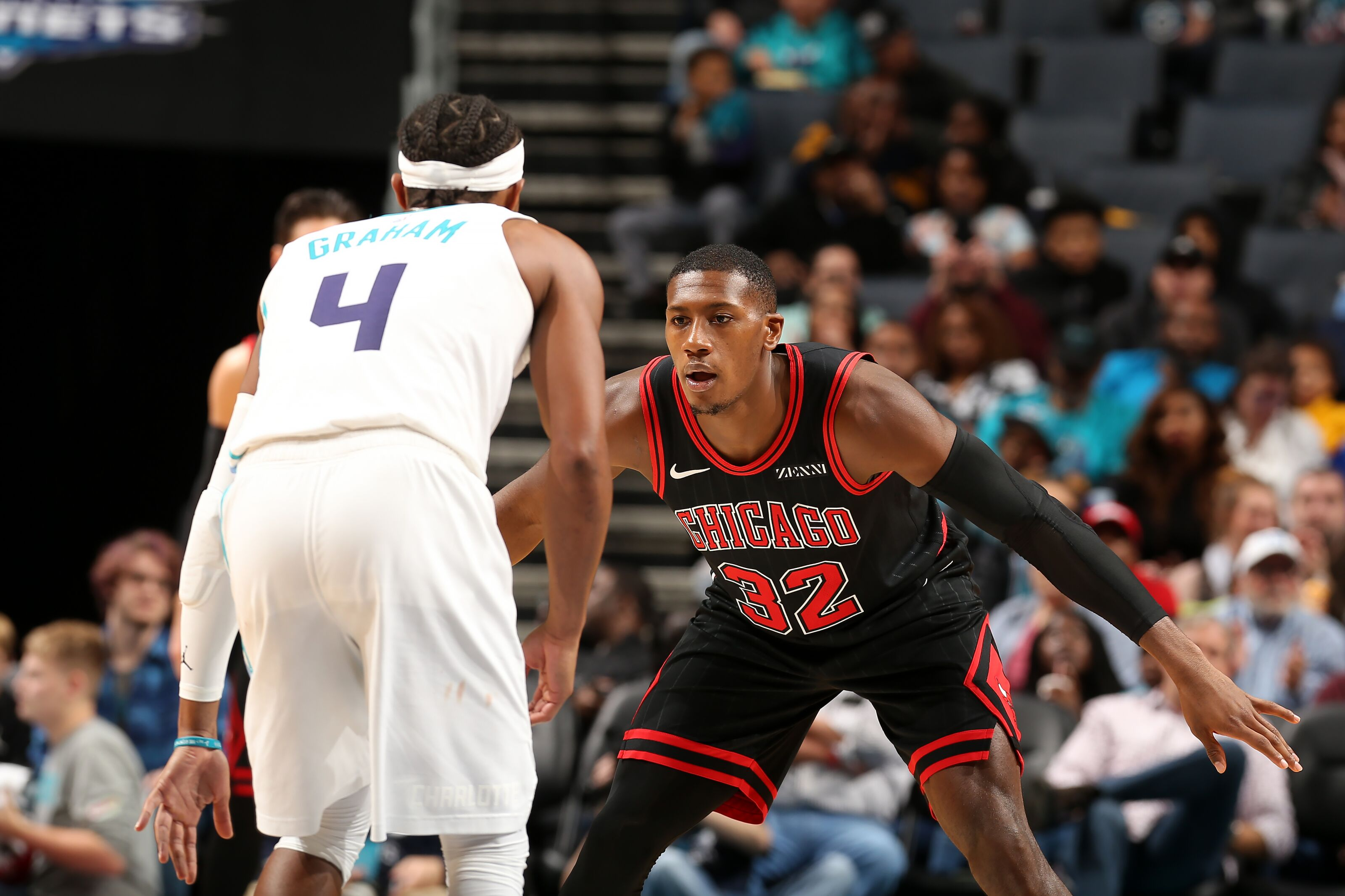 Charlotte Hornets face the Chicago Bulls hoping to win third straight