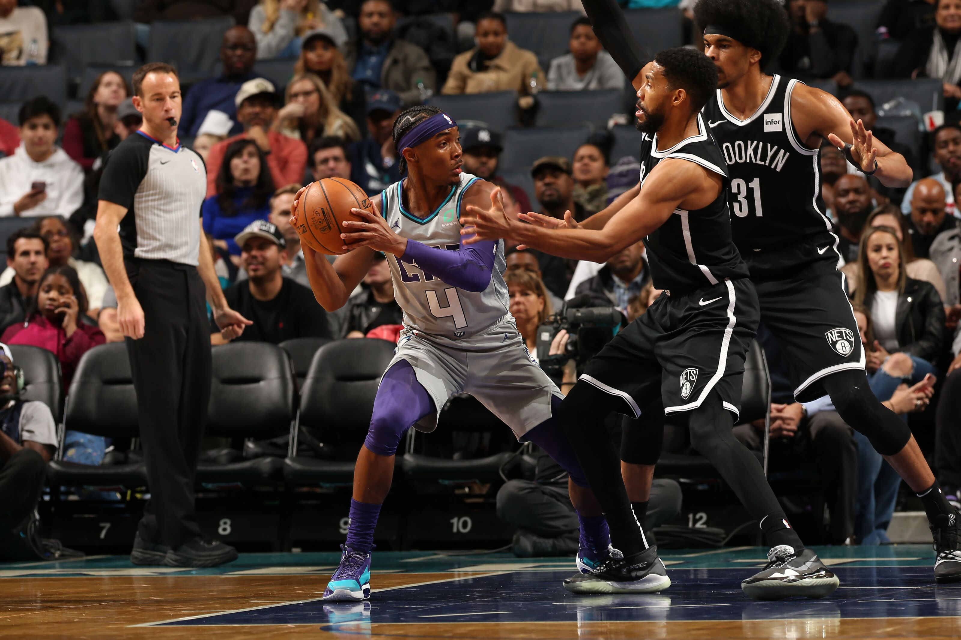 Charlotte Hornets are off to Brooklyn to square off with the Nets