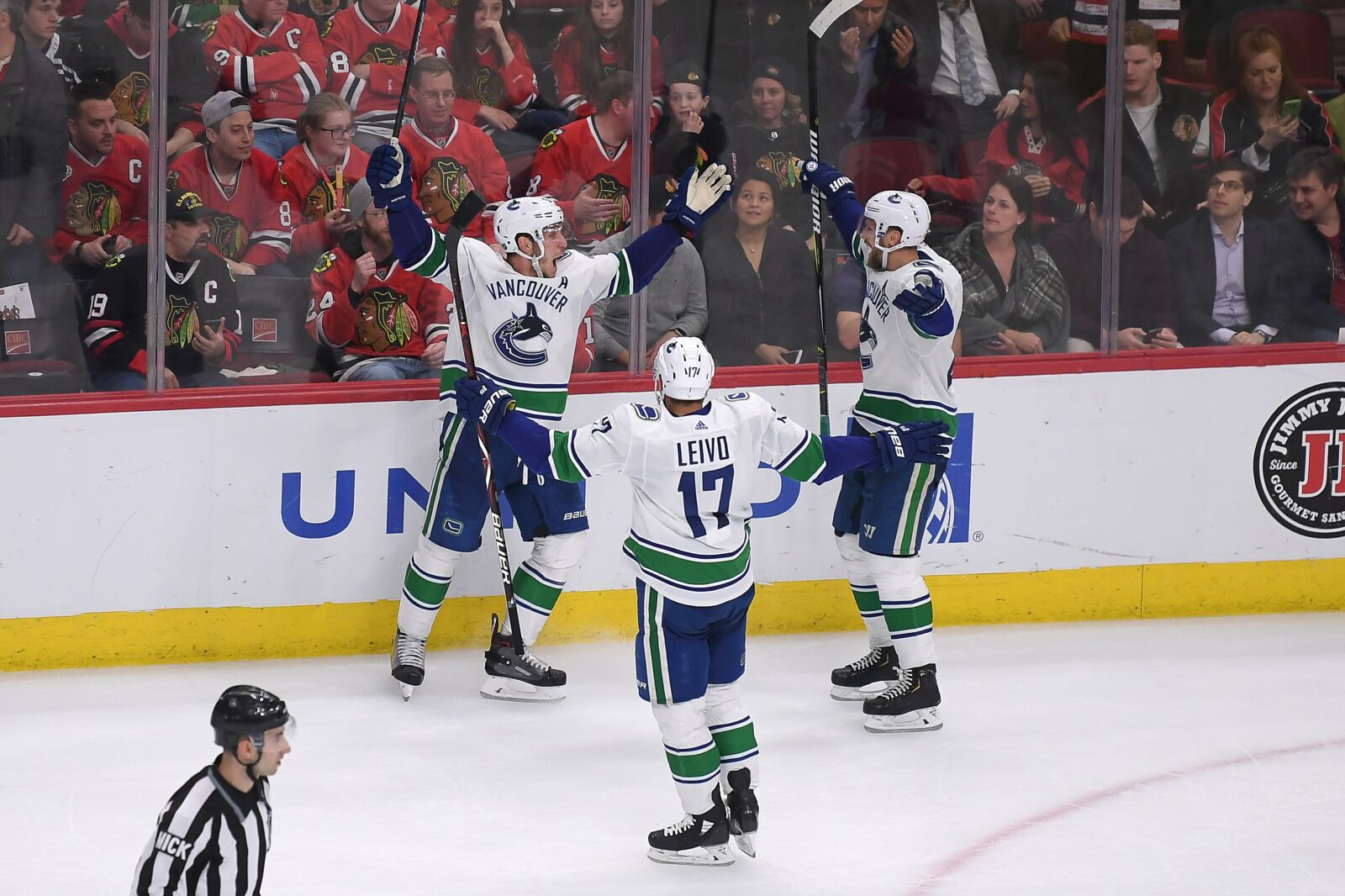 Vancouver Canucks: The team is finally coming together