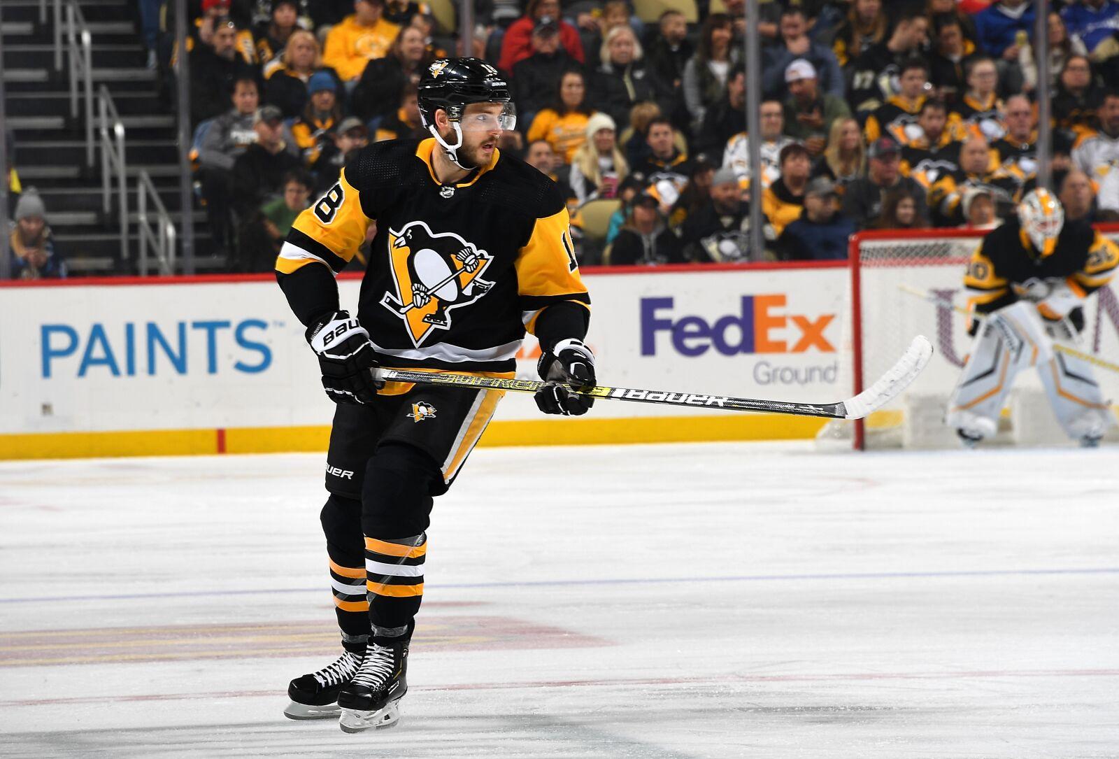 Canucks should pursue a trade for Alex Galchenyuk