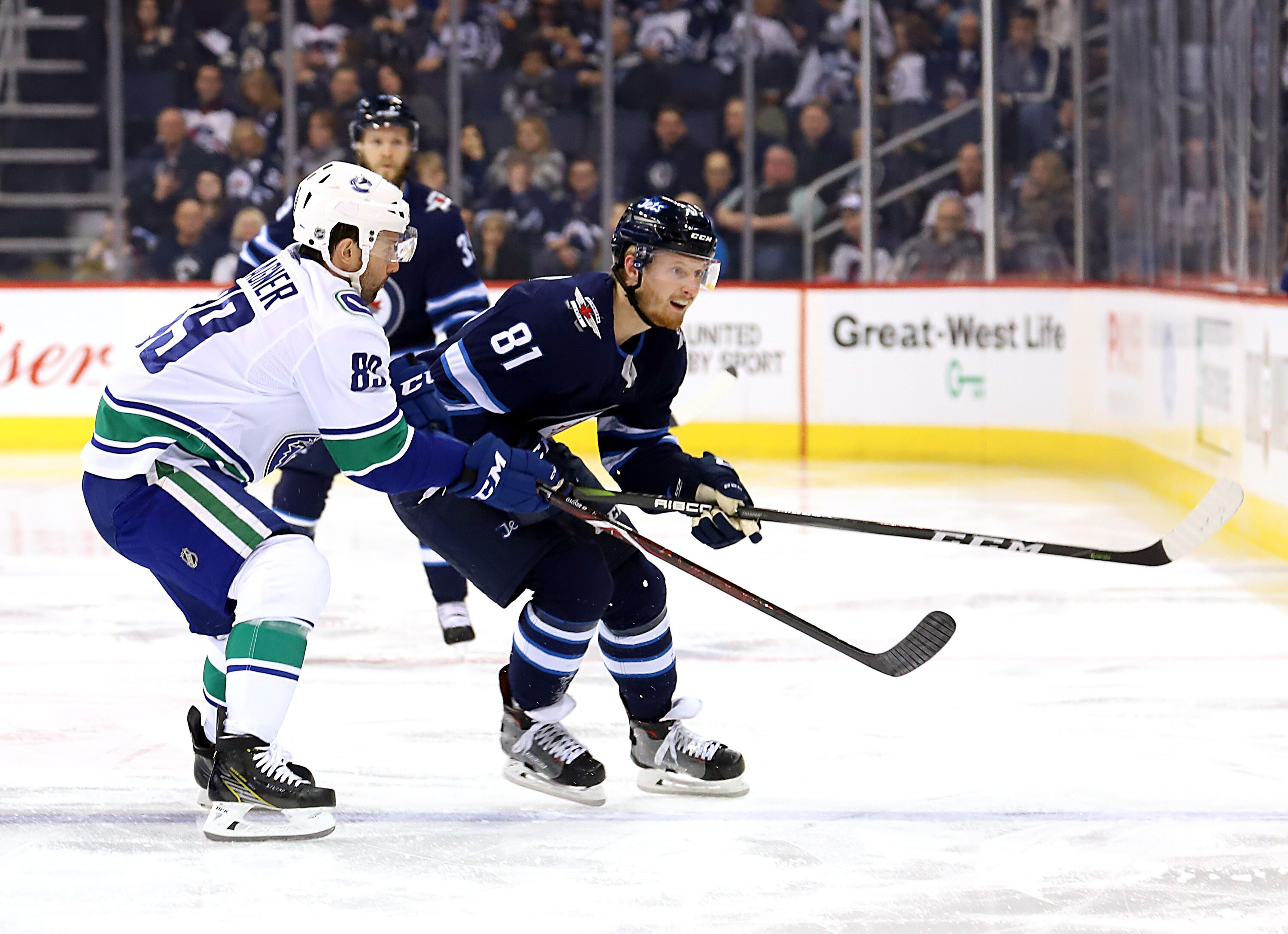 908580890-vancouver-canucks-v-winnipeg-jets.jpg