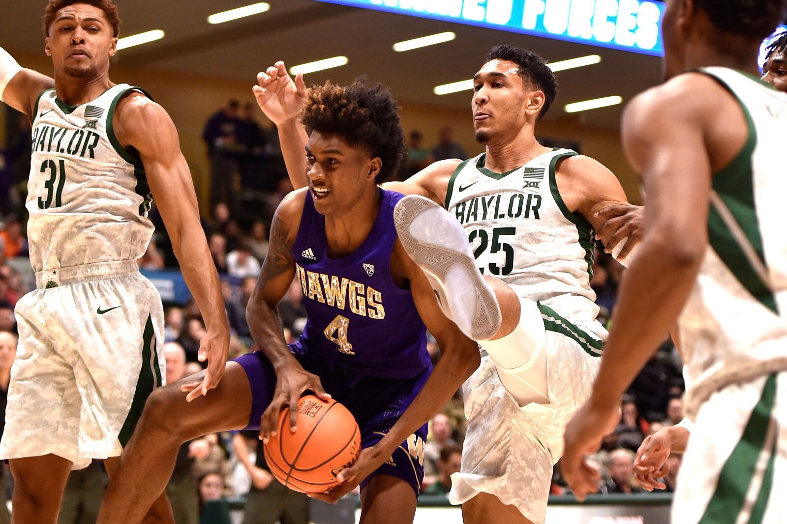 Washington basketball looks to keep it going against Oregon