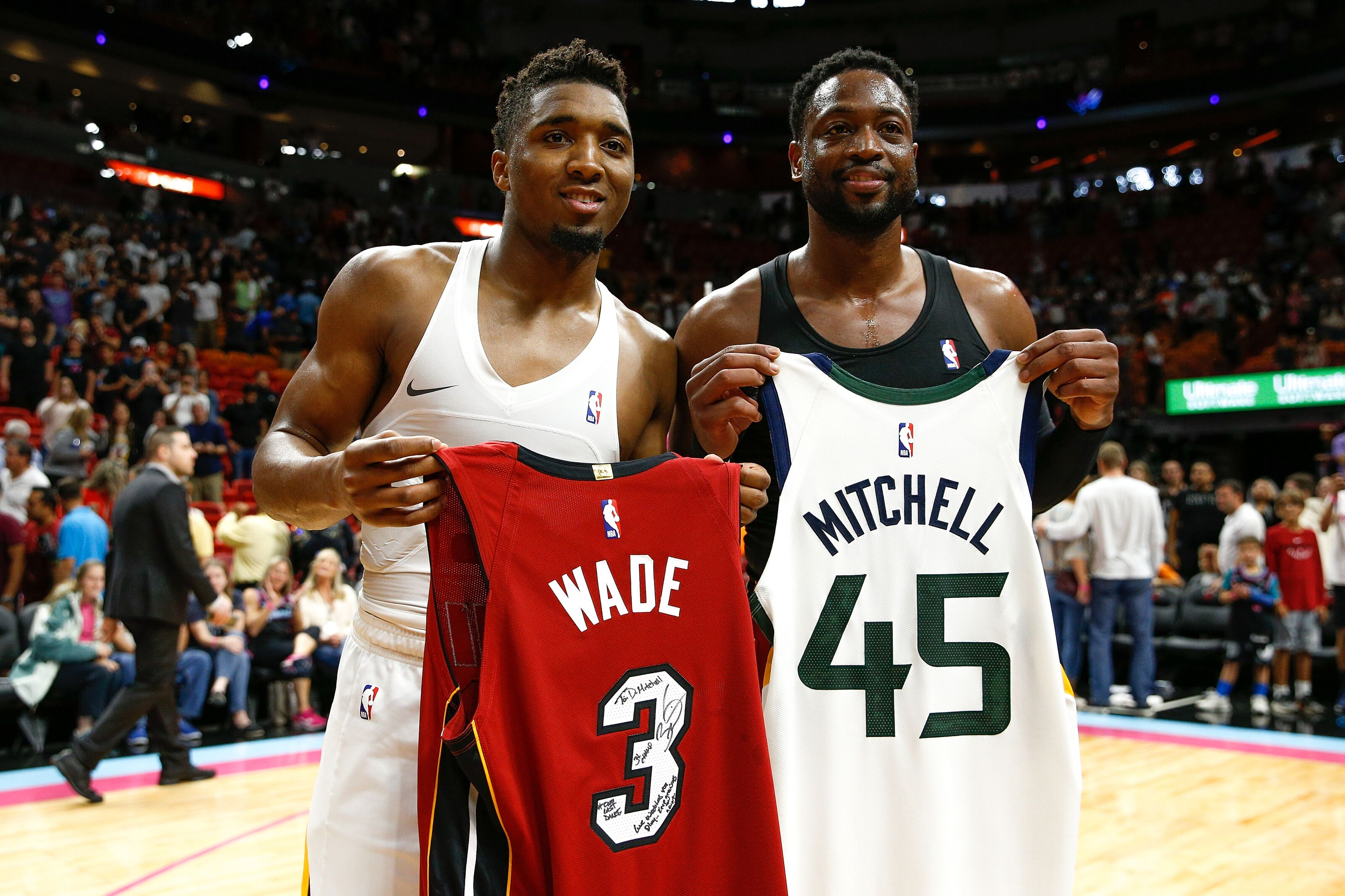 buy popular be525 930c4 Utah Jazz: Donovan Mitchell treats Dwyane Wade to 'Last ...