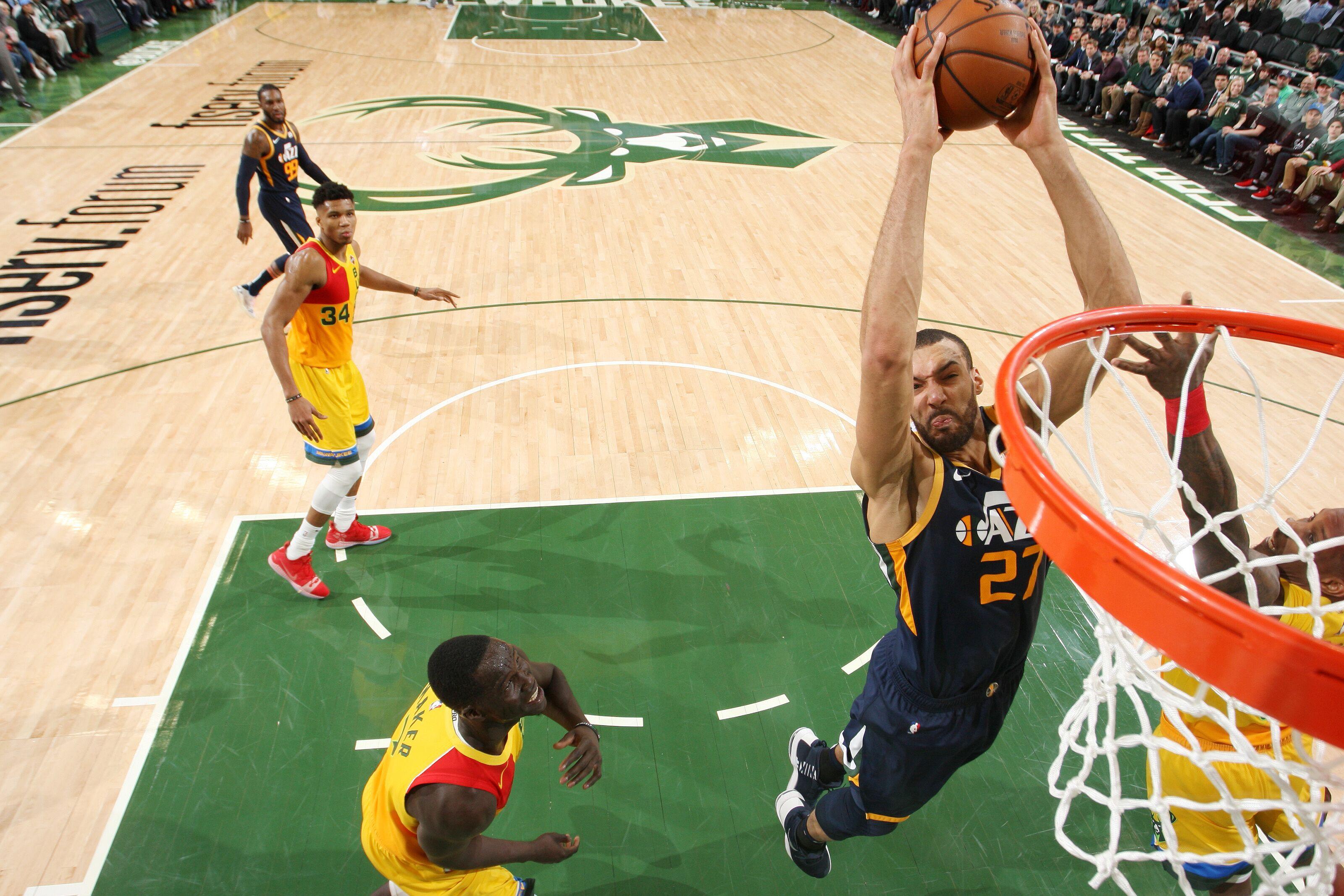 Utah Jazz: Gobert leads Antetokounmpo in race for dunk record