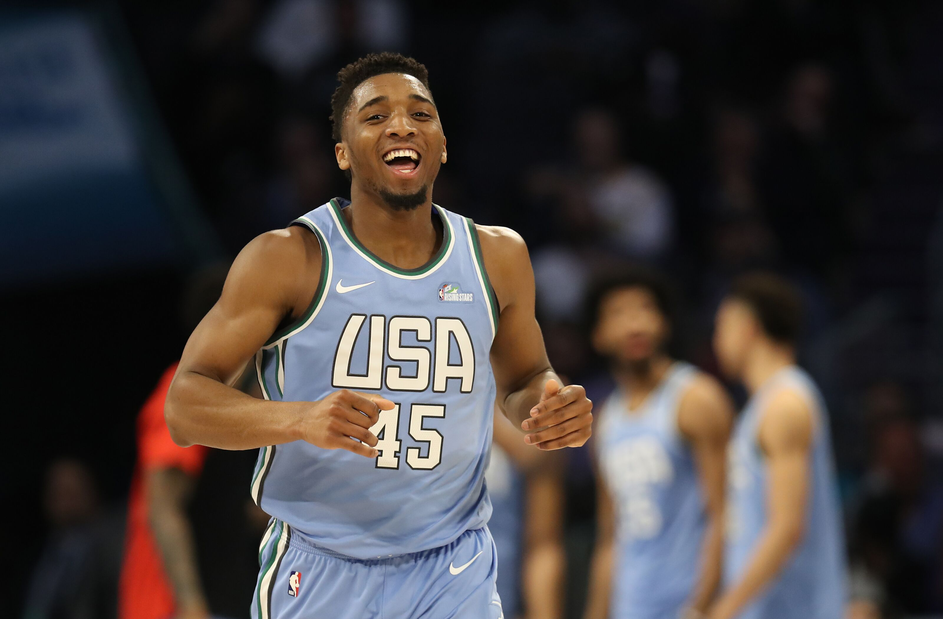 """Utah Jazz: TNT's Kenny Smith calls Mitchell """"Should-have-been All-Star"""""""