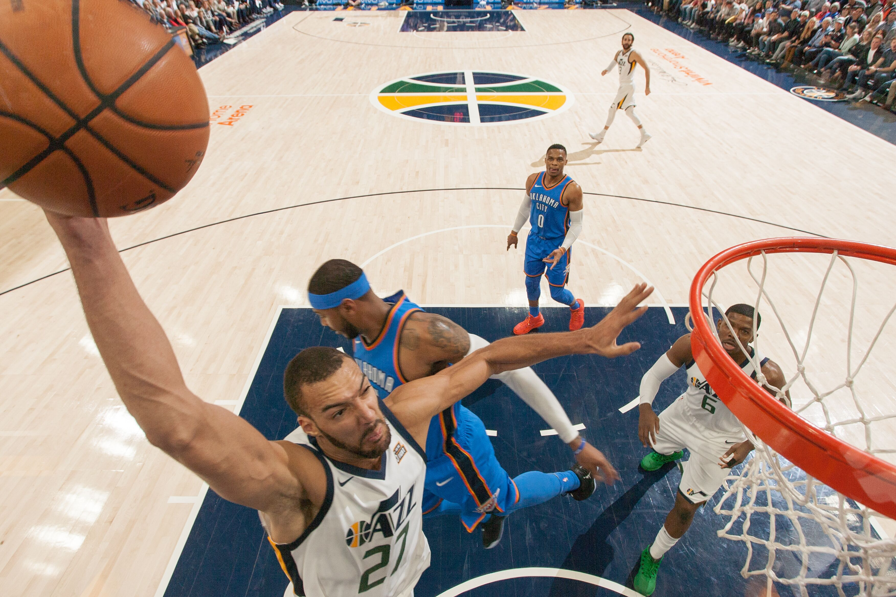 864863722-oklahoma-city-thunder-v-utah-jazz.jpg