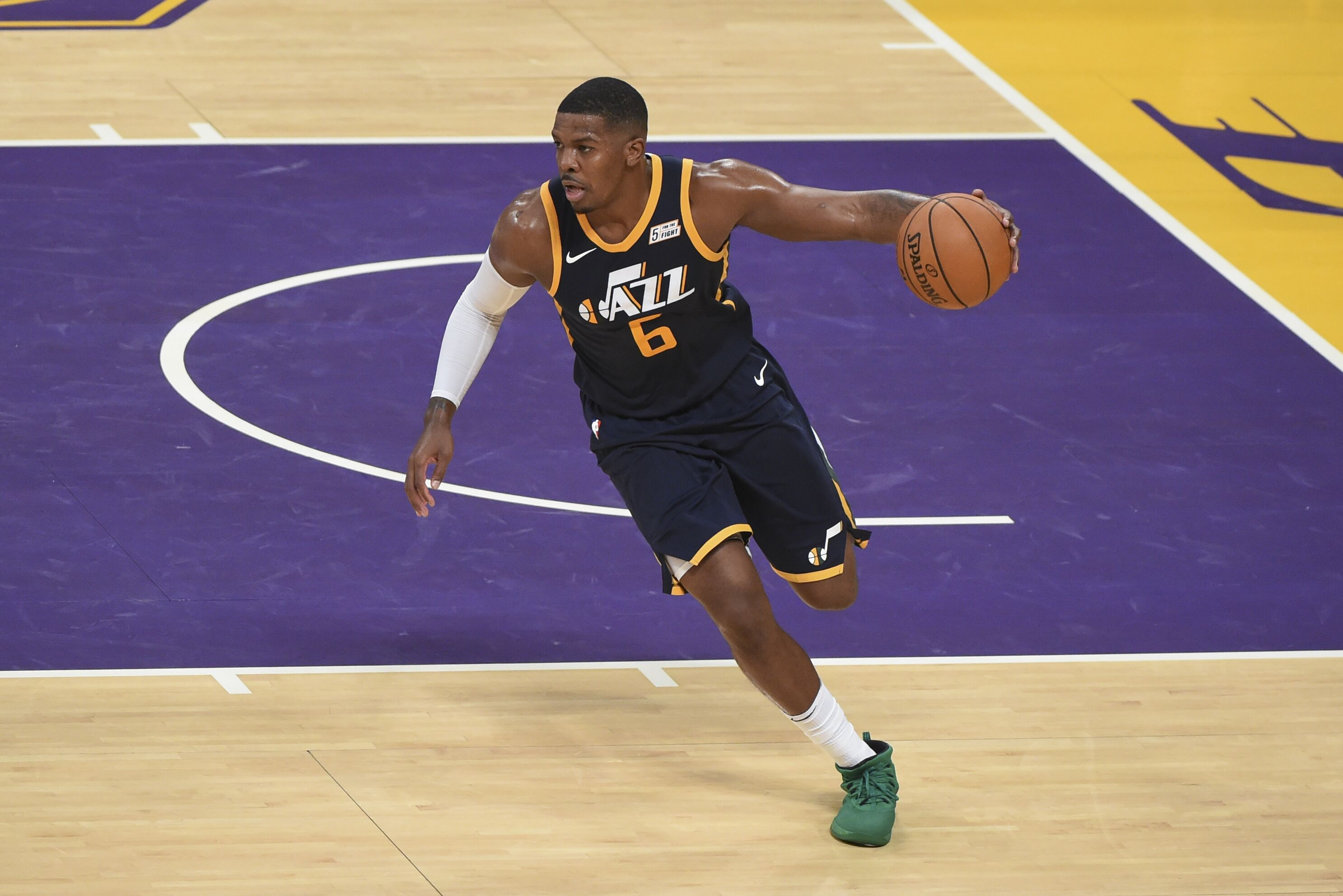 859993544-utah-jazz-v-los-angeles-lakers.jpg