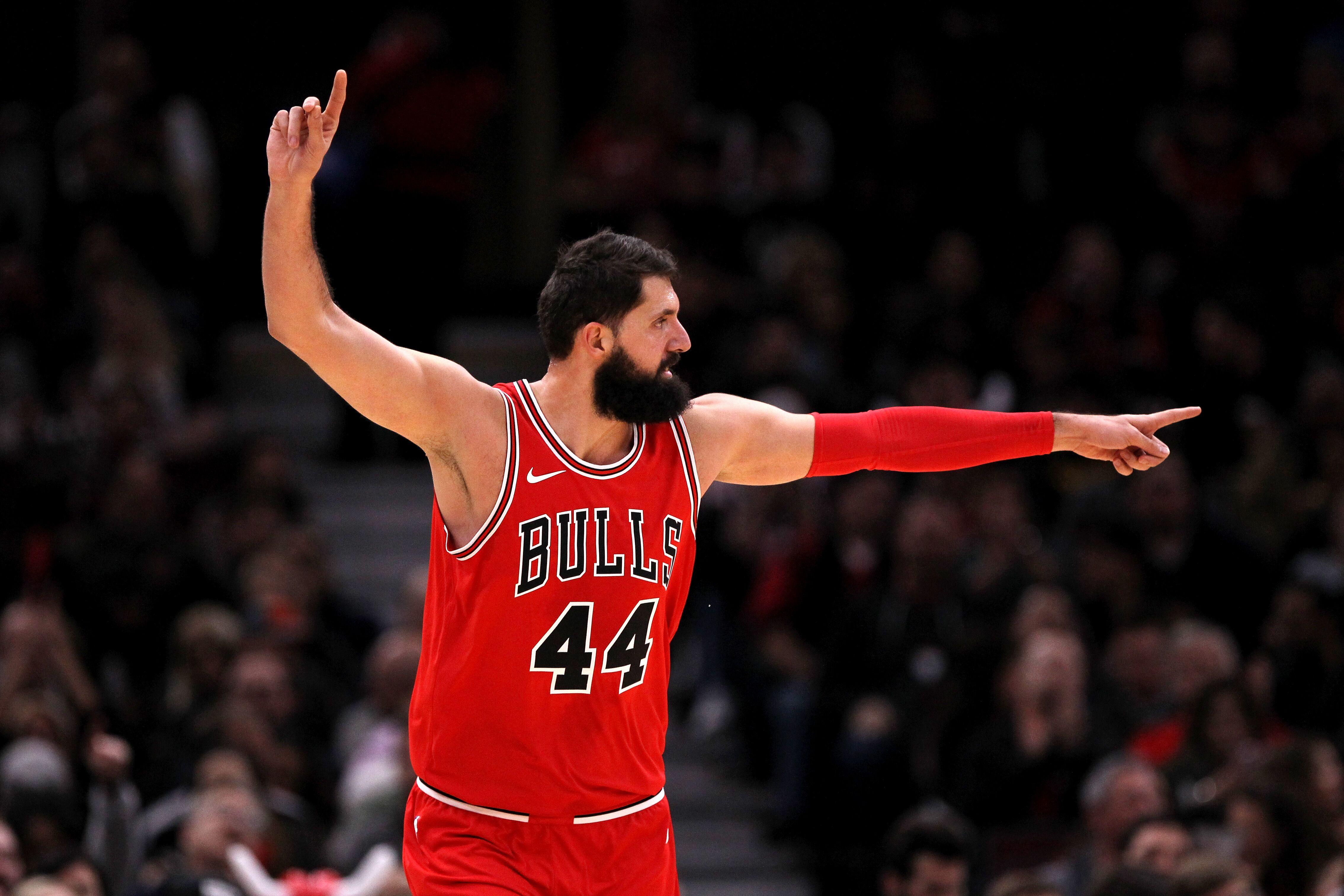 Utah Jazz at Chicago Bulls  Can Derrick Favors stop Nikola Mirotic  920df5230