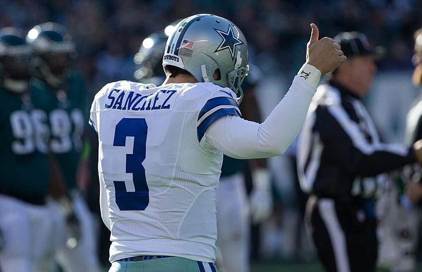 timeless design 9e4c7 bf928 Did quarterback Mark Sanchez just play his way out of Dallas?