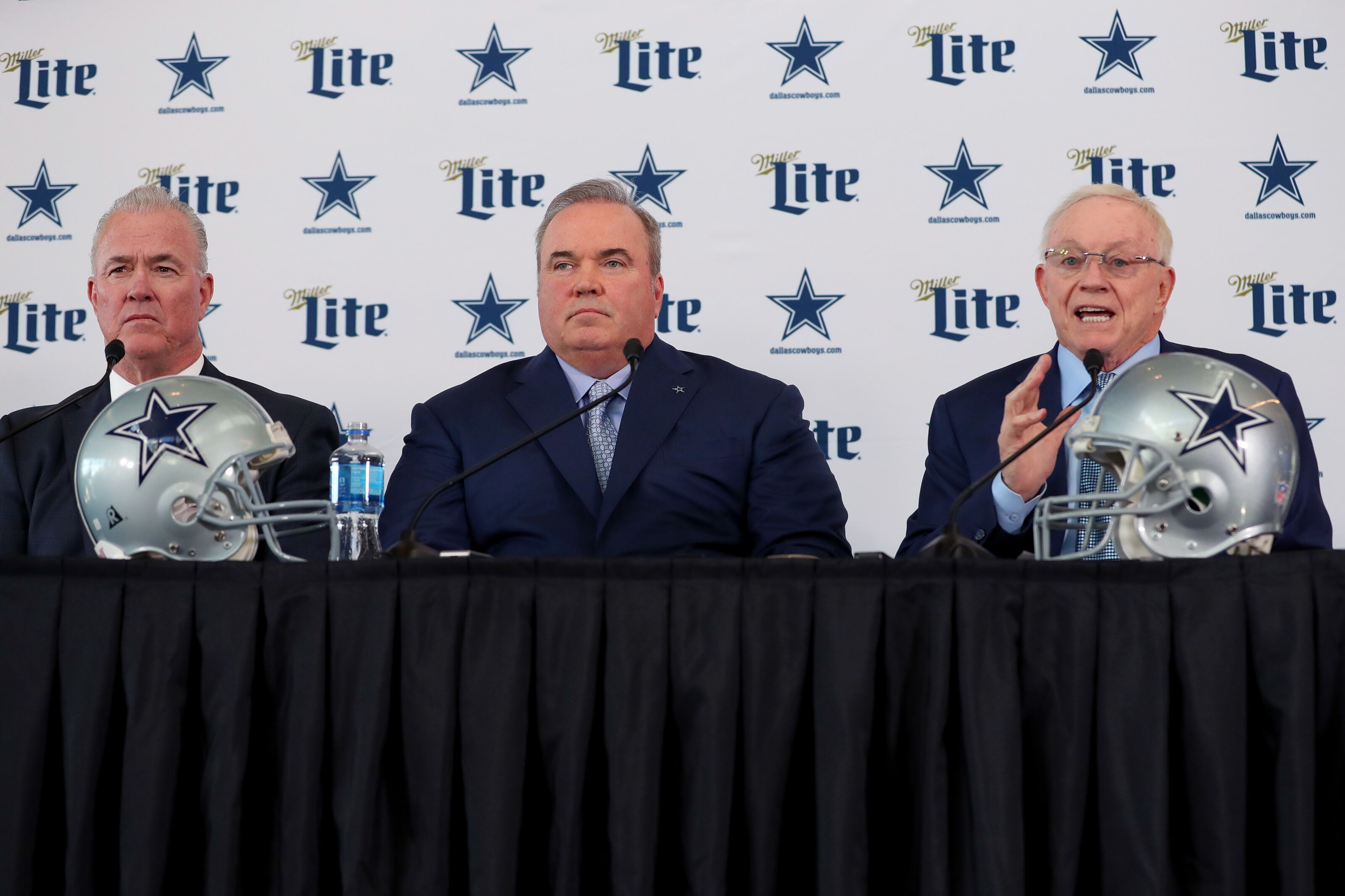 Dallas Cowboys: Scheme takes back seat to acquiring great players