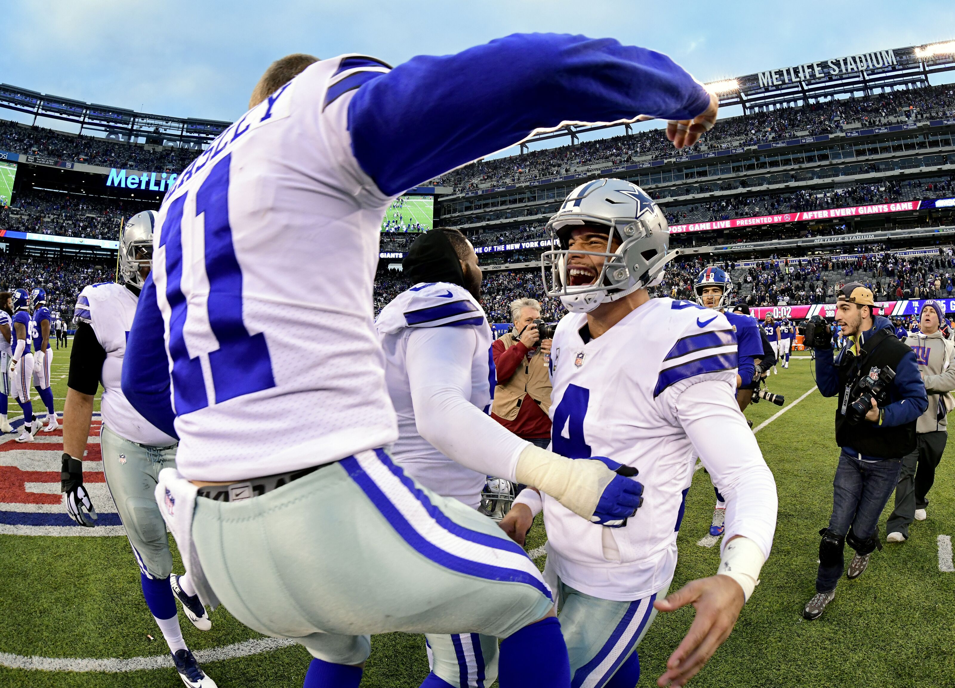 cb53b83ed79 Dallas Cowboys weakness generates epic playoff momentum