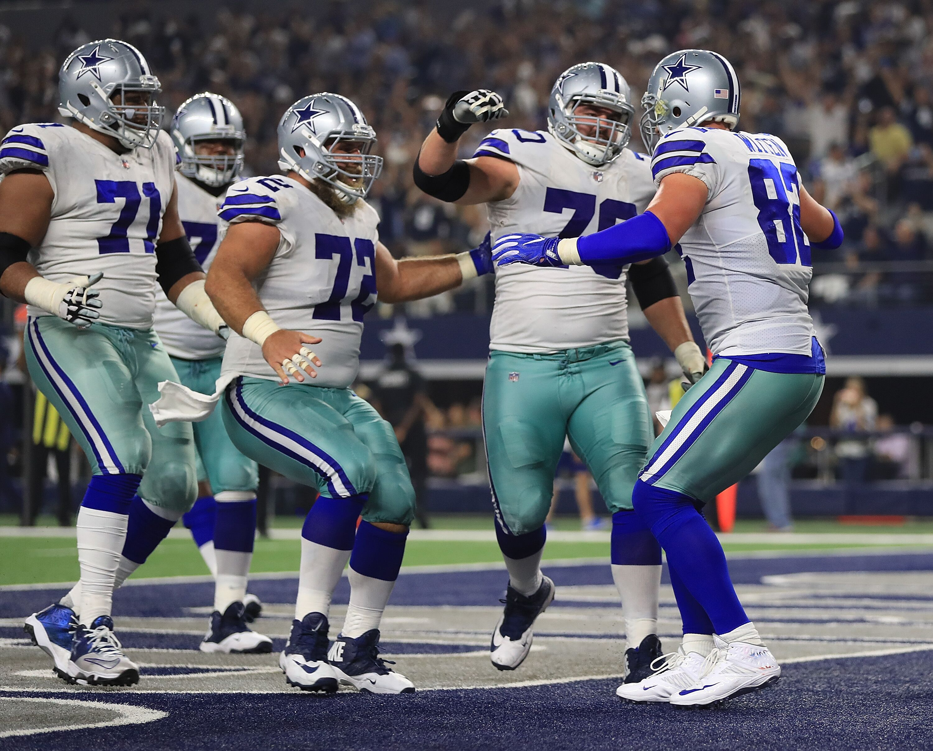 Dallas Cowboys: Offensive line still high draft priority