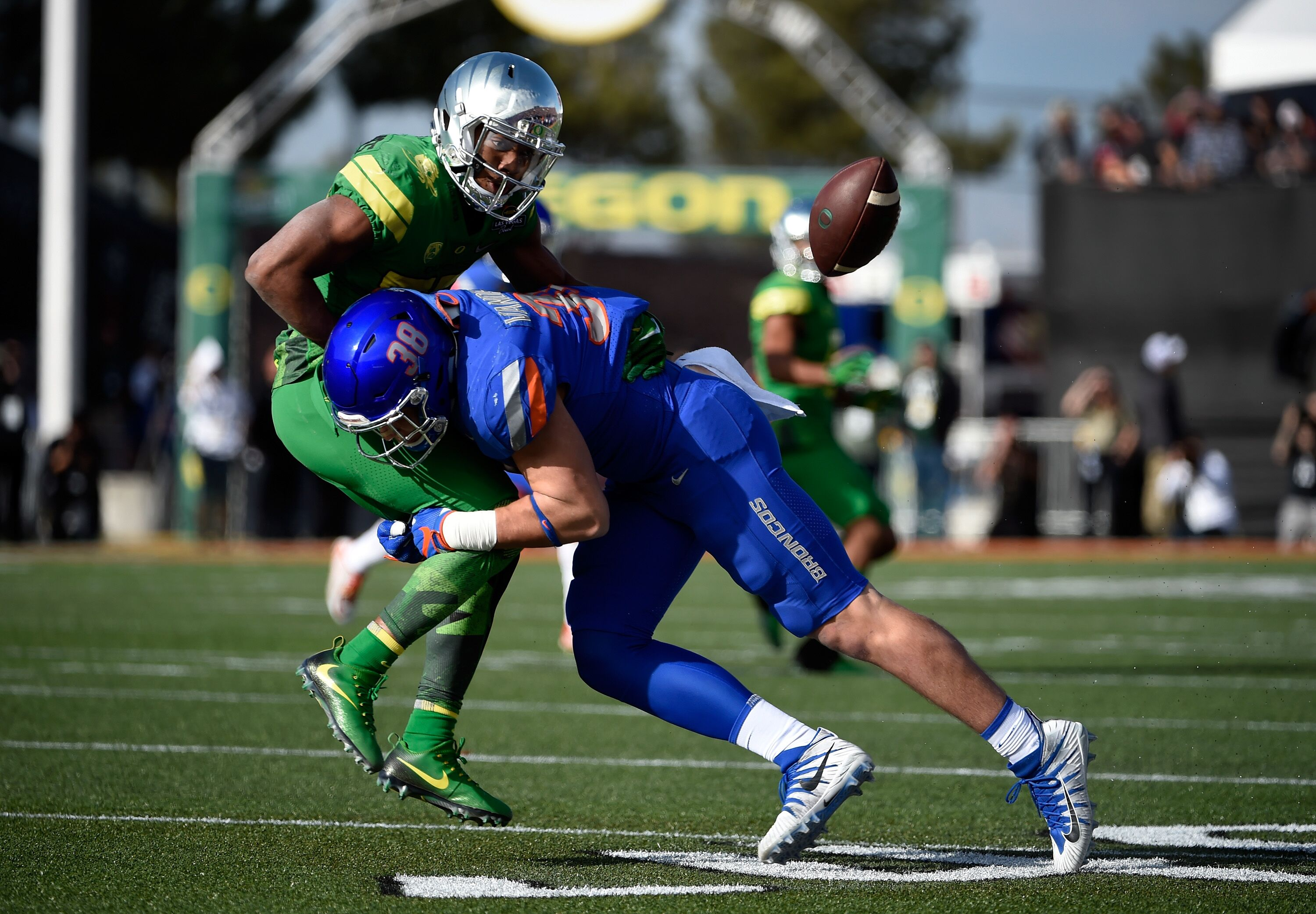 wholesale dealer b598f c278e Dallas Cowboys 2018 draft profile: Leighton Vander Esch
