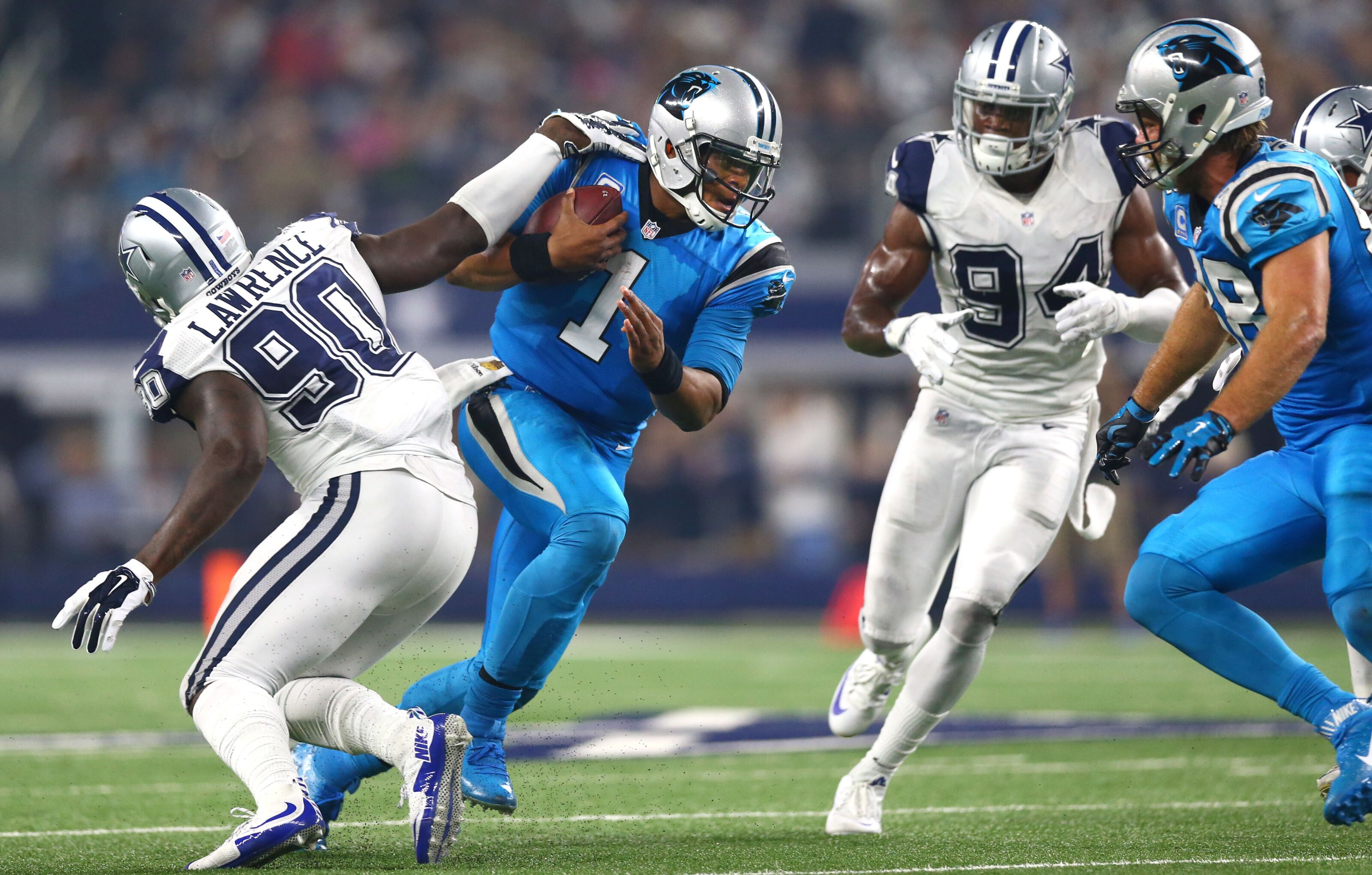 official photos 6e51e 97af2 Dallas Cowboys: Here's the Carolina Panthers' biggest weakness
