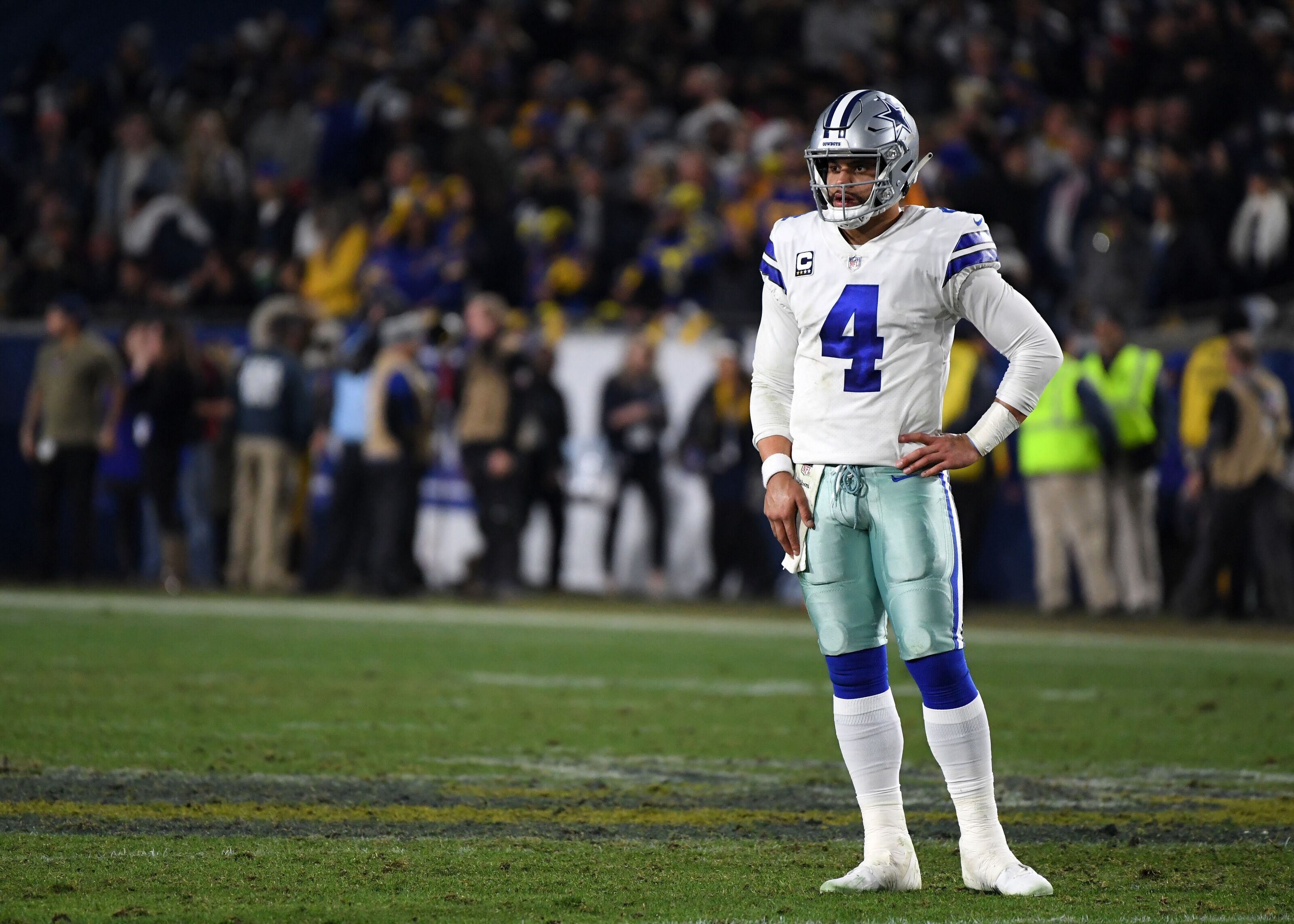 Dallas Cowboys: Why is there so much anger towards Dak Prescott?