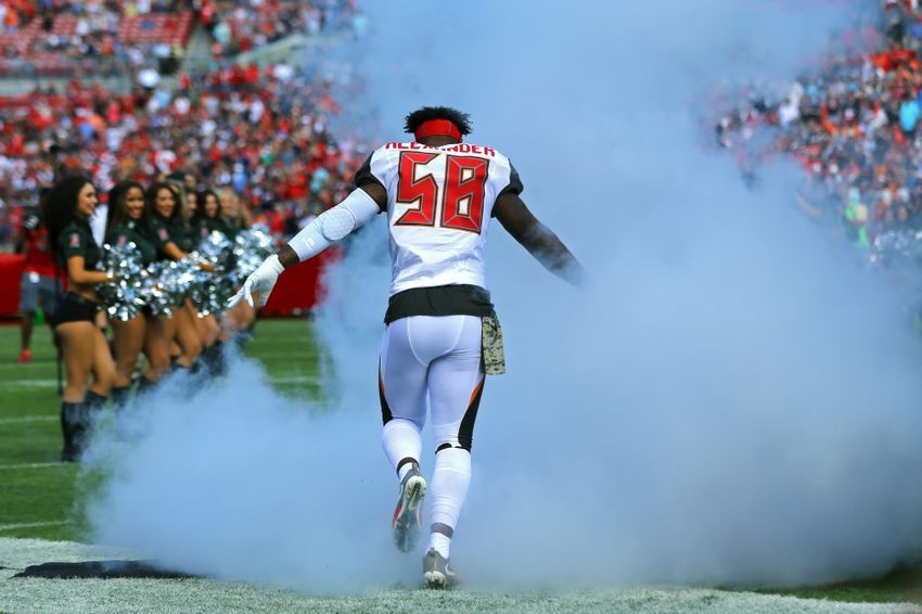 new styles ba607 4eee8 The Buccaneers Found a Gem: Kwon Alexander