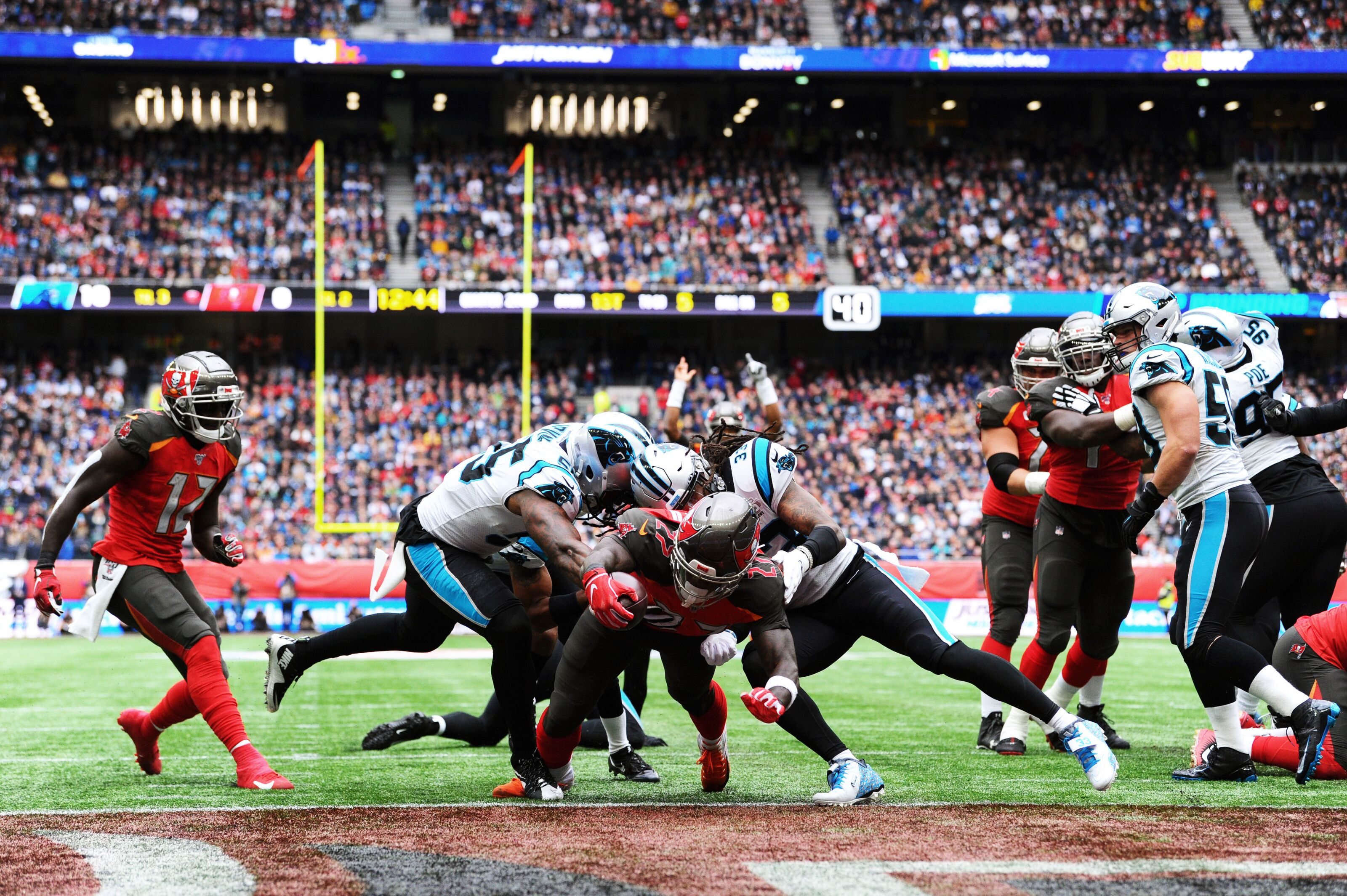 Gerald McCoy, Panthers defense dominate Buccaneers in London